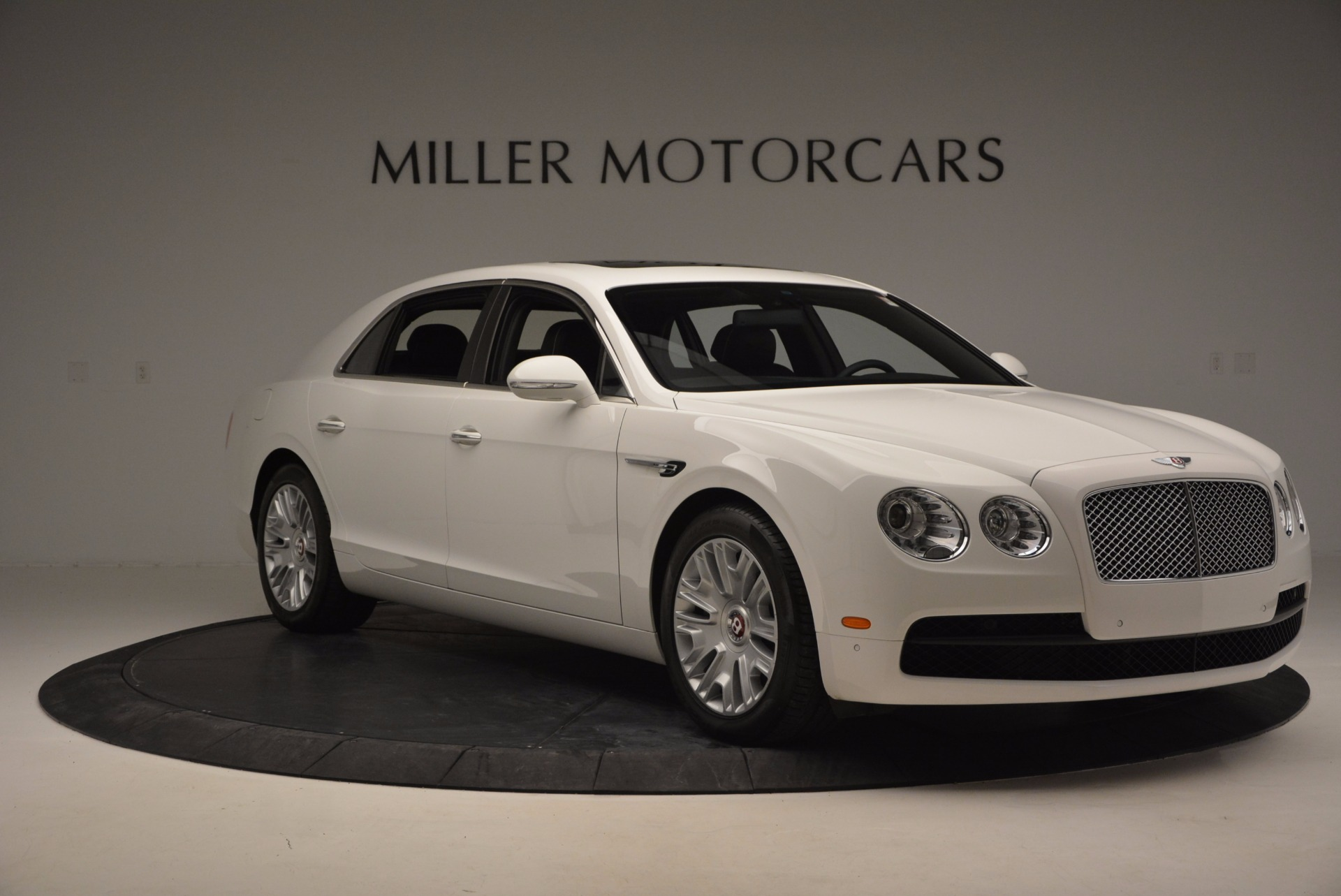 Used 2016 Bentley Flying Spur V8 For Sale In Greenwich, CT. Alfa Romeo of Greenwich, B1231 874_p11