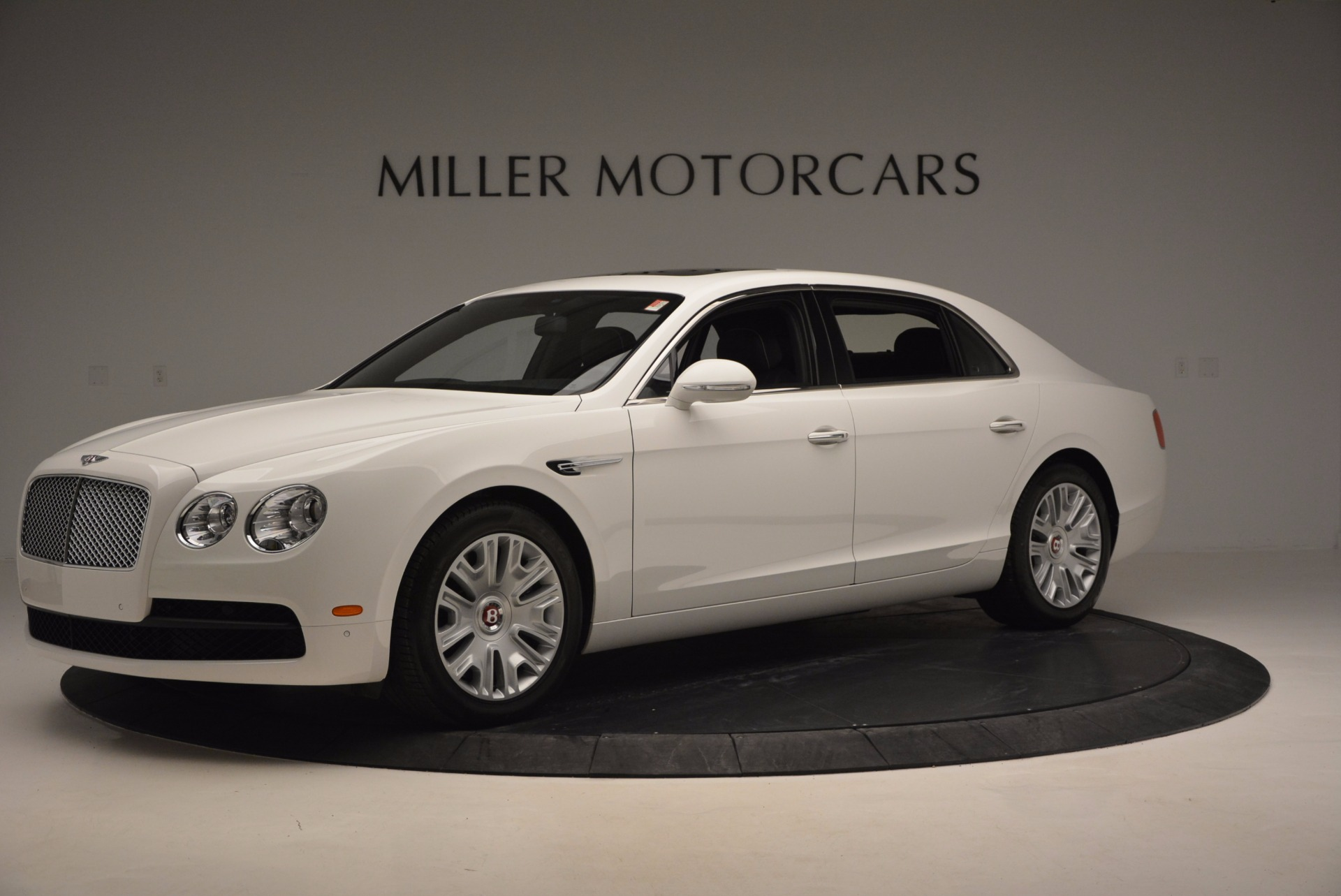 Used 2016 Bentley Flying Spur V8 For Sale In Greenwich, CT. Alfa Romeo of Greenwich, B1231 874_p2