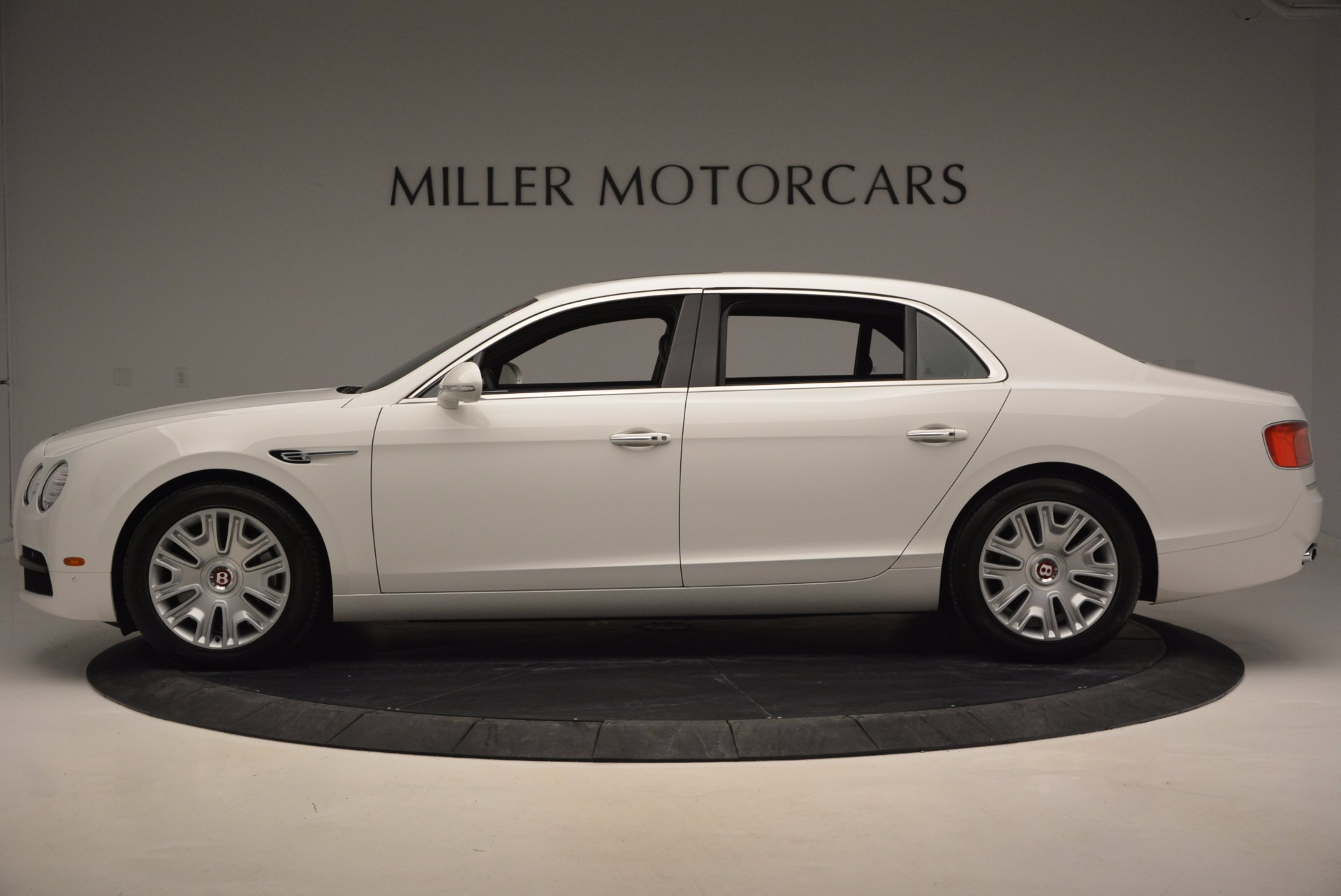Used 2016 Bentley Flying Spur V8 For Sale In Greenwich, CT. Alfa Romeo of Greenwich, B1231 874_p3