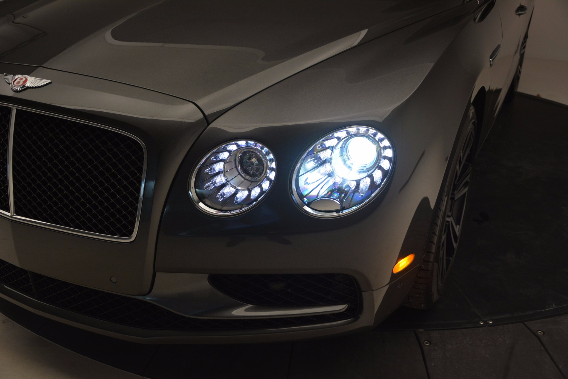 Used 2017 Bentley Flying Spur V8 S For Sale In Greenwich, CT. Alfa Romeo of Greenwich, B1232 875_p17