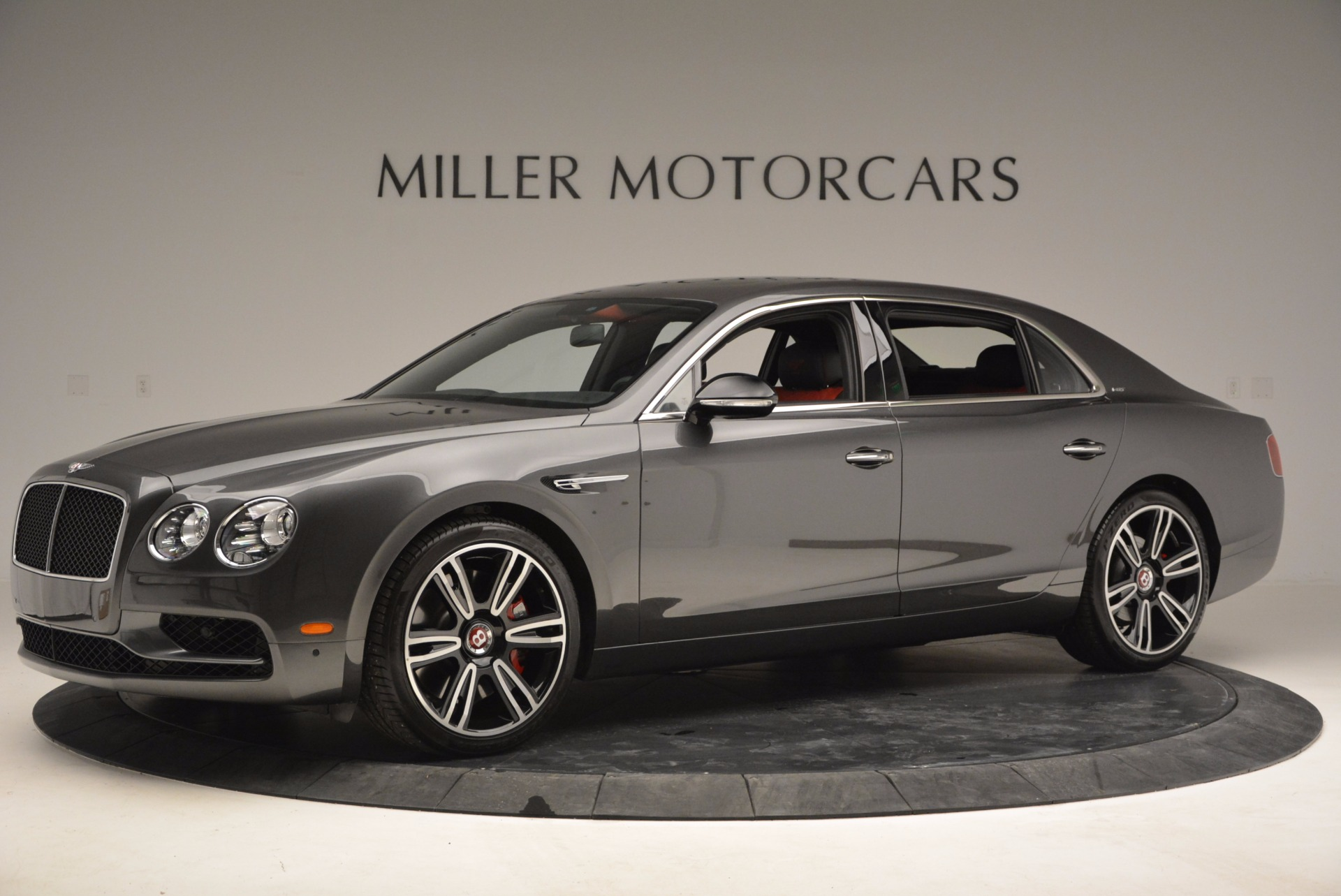 Used 2017 Bentley Flying Spur V8 S For Sale In Greenwich, CT. Alfa Romeo of Greenwich, B1232 875_p2