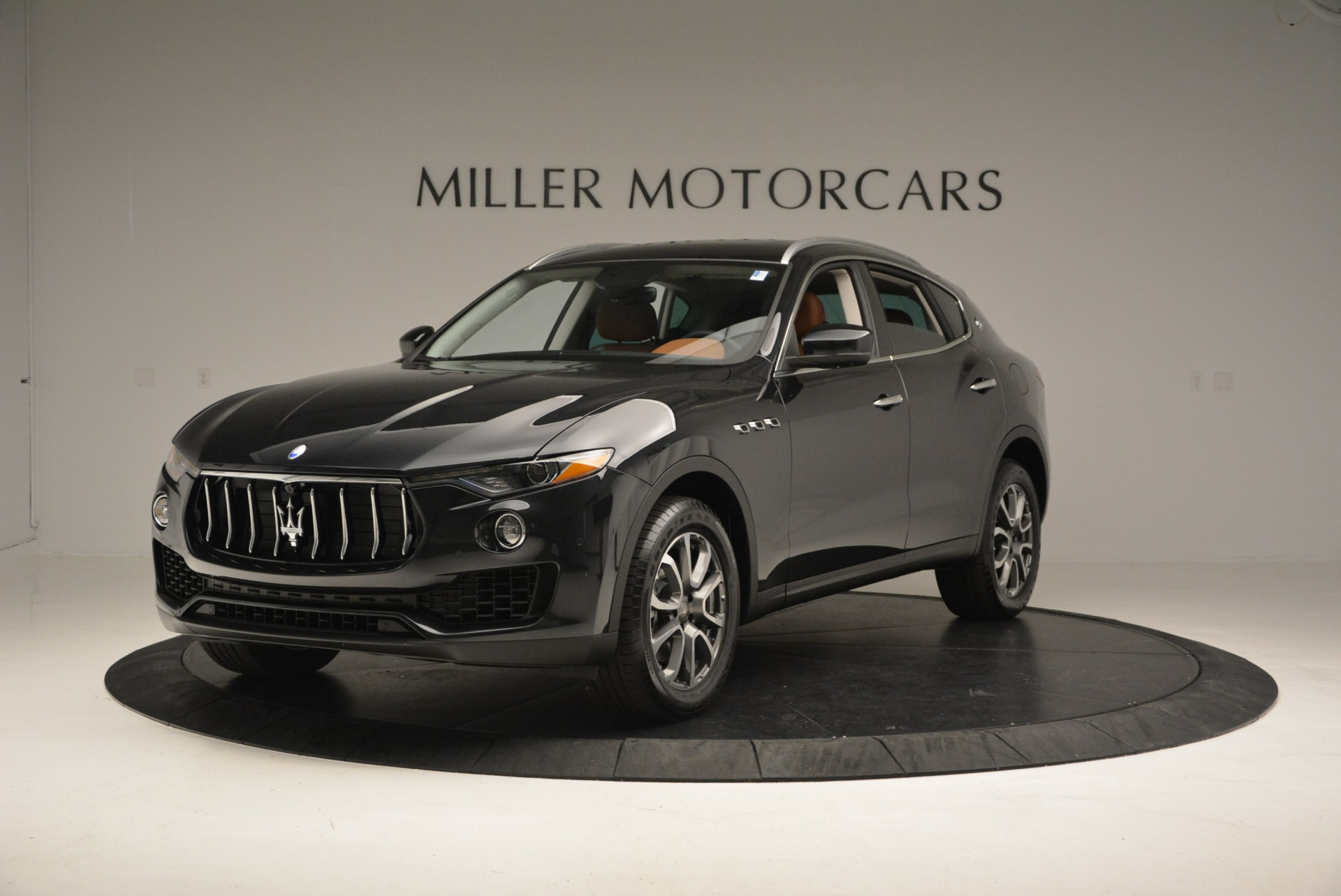 New 2017 Maserati Levante  For Sale In Greenwich, CT. Alfa Romeo of Greenwich, W399 876_main
