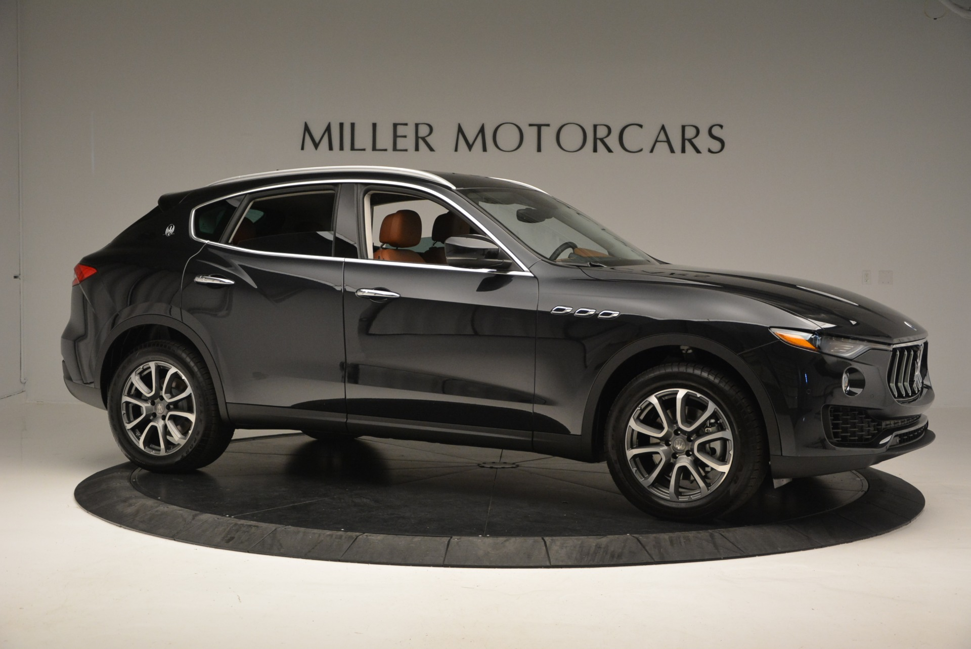 New 2017 Maserati Levante  For Sale In Greenwich, CT. Alfa Romeo of Greenwich, W399 876_p10