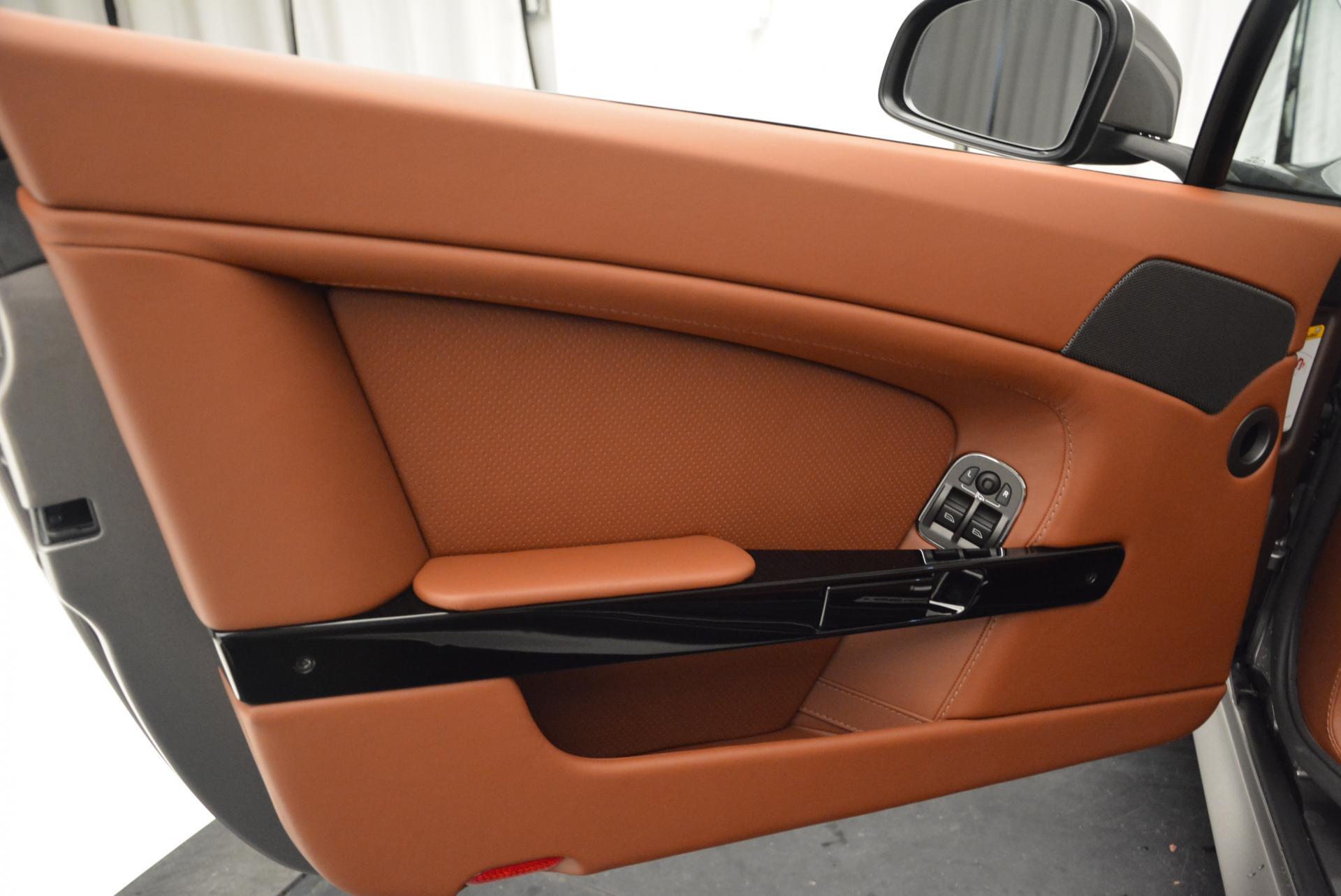 New 2016 Aston Martin V8 Vantage S  For Sale In Greenwich, CT. Alfa Romeo of Greenwich, A1179 88_p27