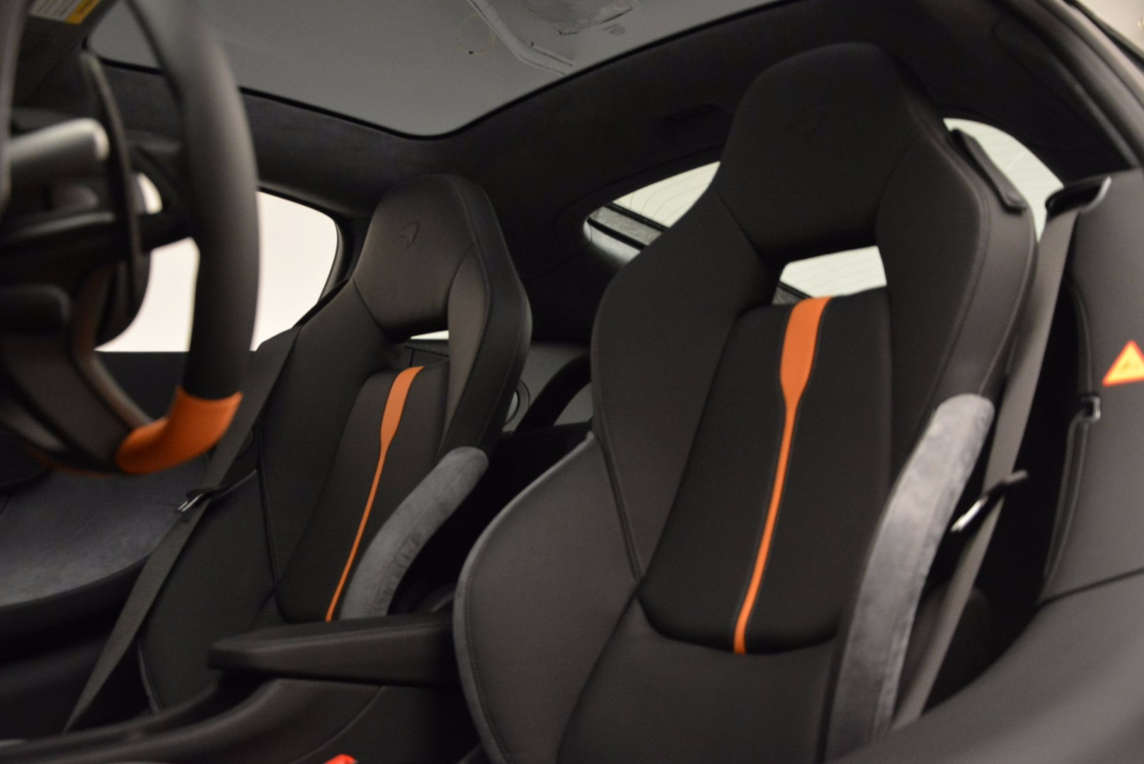 New 2017 McLaren 570GT  For Sale In Greenwich, CT. Alfa Romeo of Greenwich, MC288 882_p18