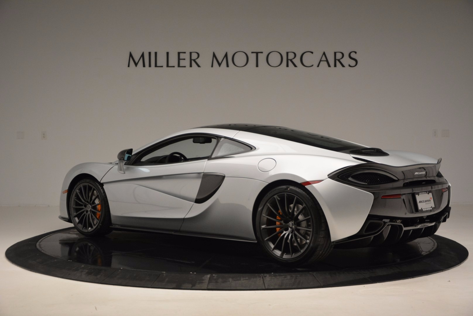 New 2017 McLaren 570GT  For Sale In Greenwich, CT. Alfa Romeo of Greenwich, MC288 882_p4