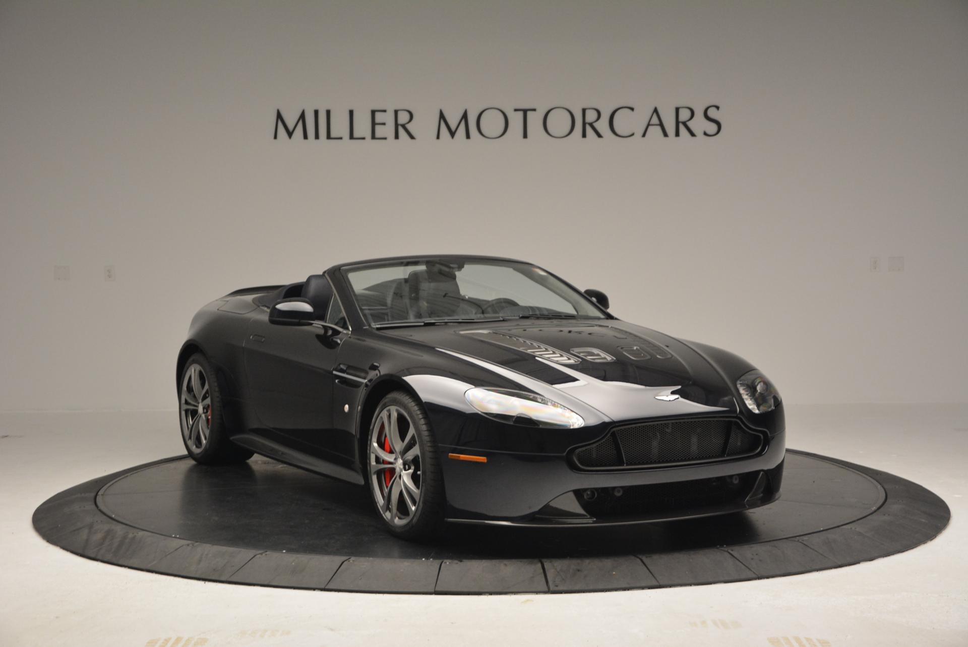Used 2016 Aston Martin V12 Vantage S Convertible For Sale In Greenwich, CT. Alfa Romeo of Greenwich, 7579 89_p11