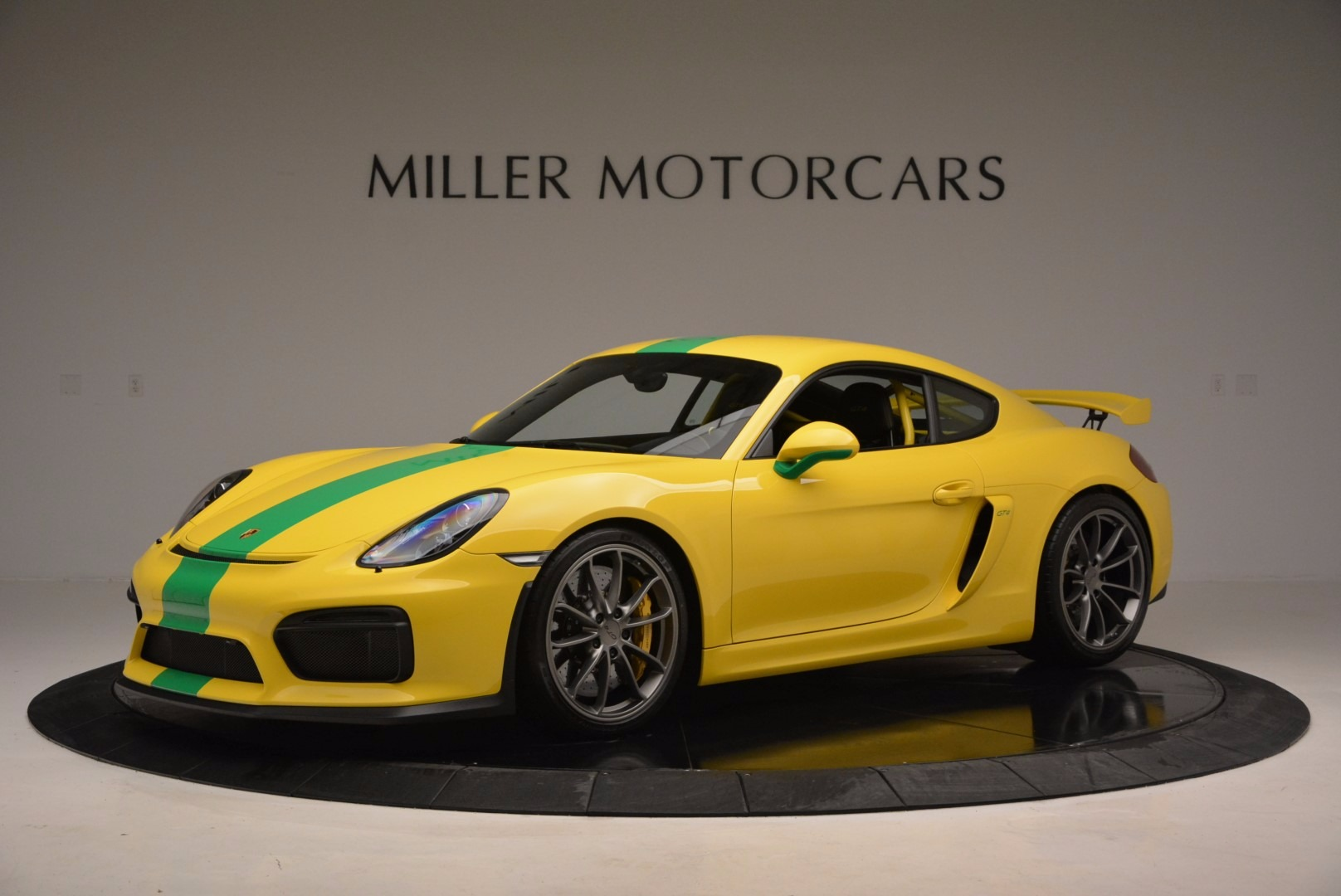 Used 2016 Porsche Cayman GT4 For Sale In Greenwich, CT. Alfa Romeo of Greenwich, 7142C 897_p2