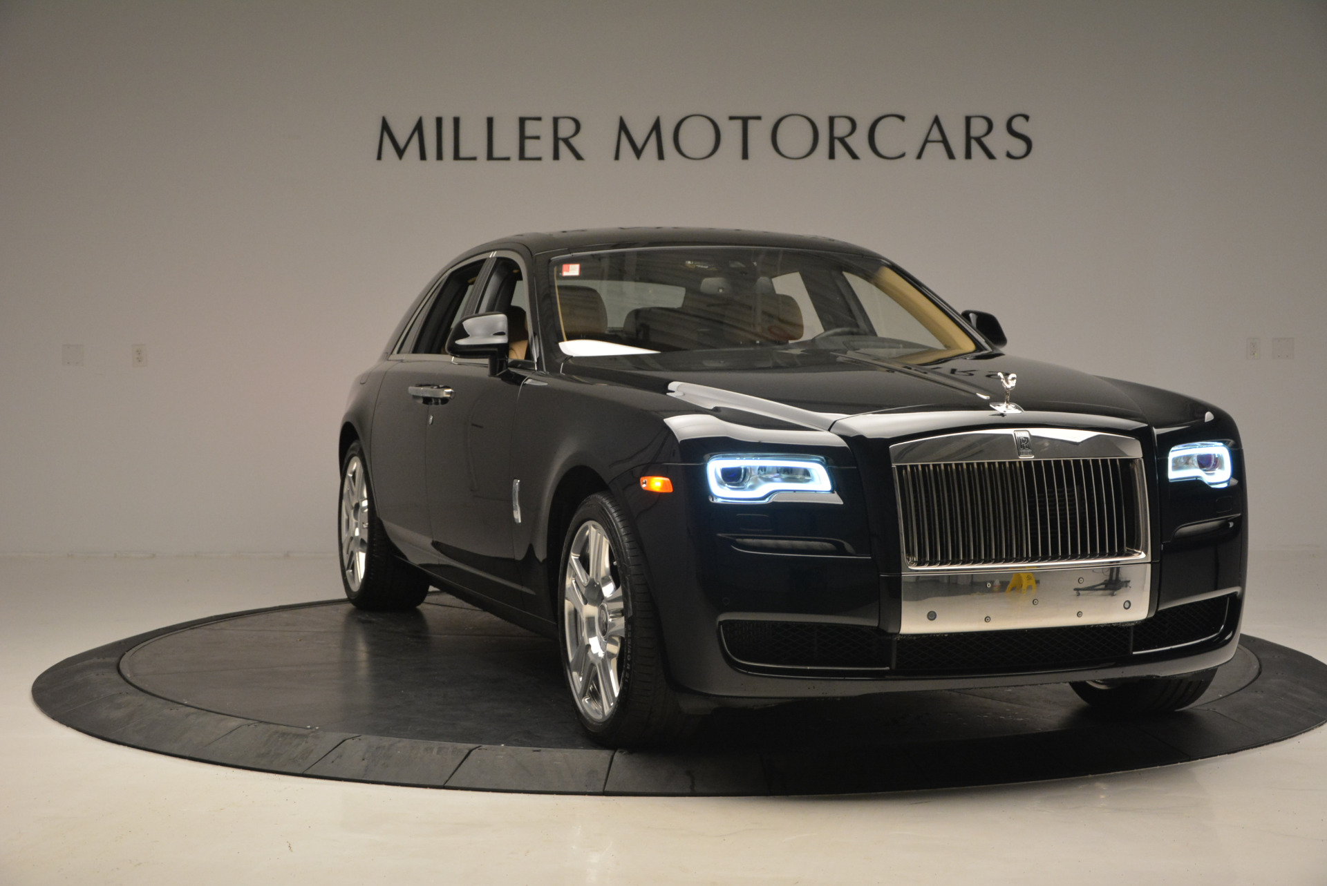 Used 2016 Rolls-Royce Ghost  For Sale In Greenwich, CT. Alfa Romeo of Greenwich, R399 898_p12