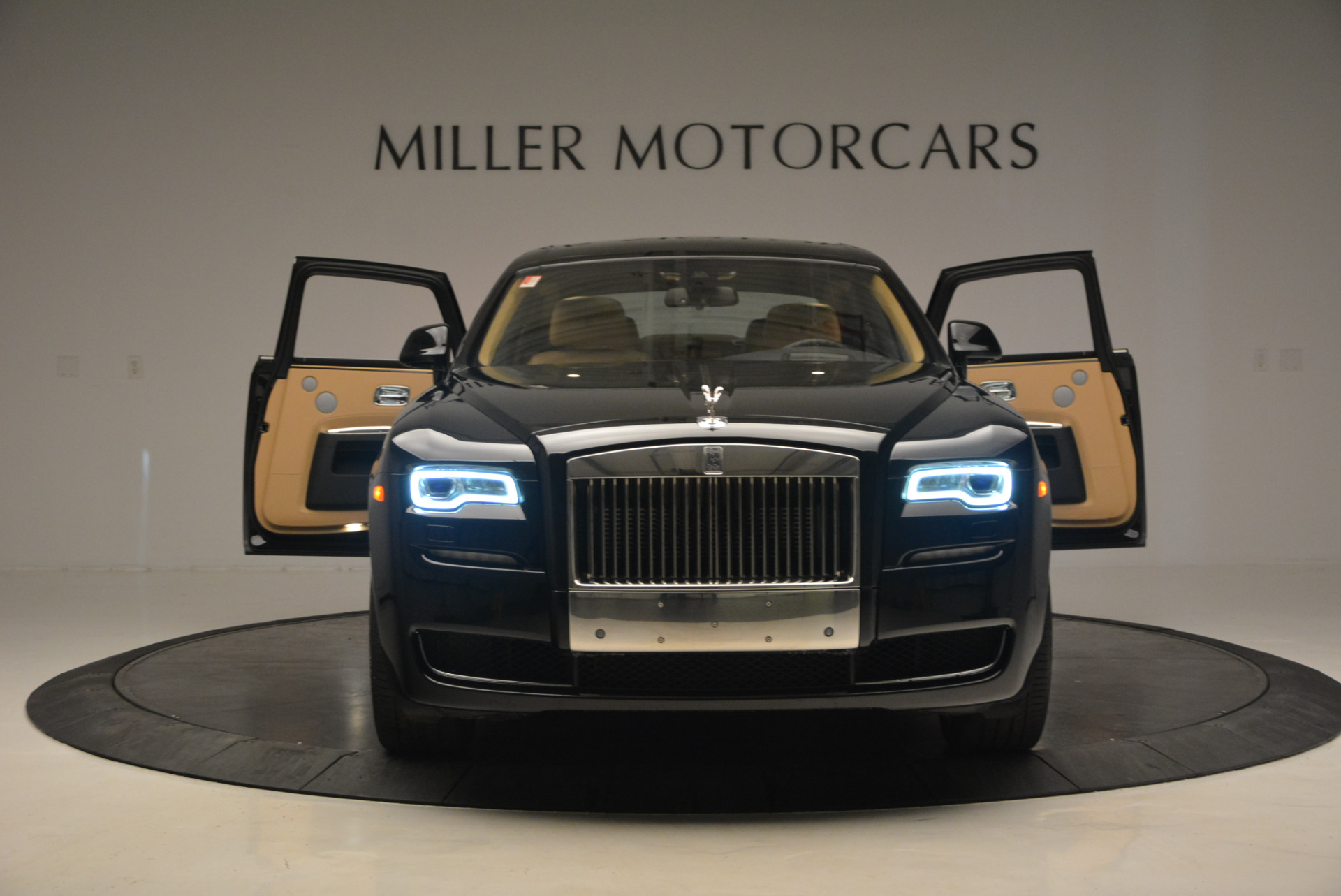 Used 2016 Rolls-Royce Ghost  For Sale In Greenwich, CT. Alfa Romeo of Greenwich, R399 898_p14