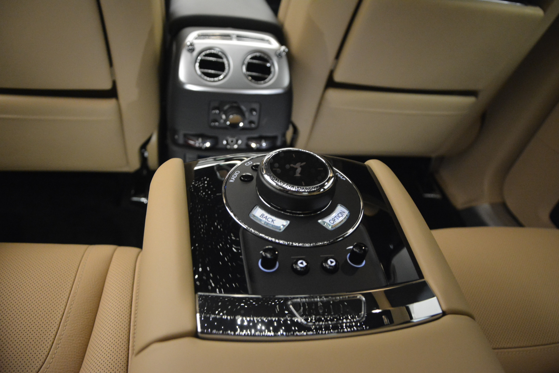 Used 2016 Rolls-Royce Ghost  For Sale In Greenwich, CT. Alfa Romeo of Greenwich, R399 898_p32