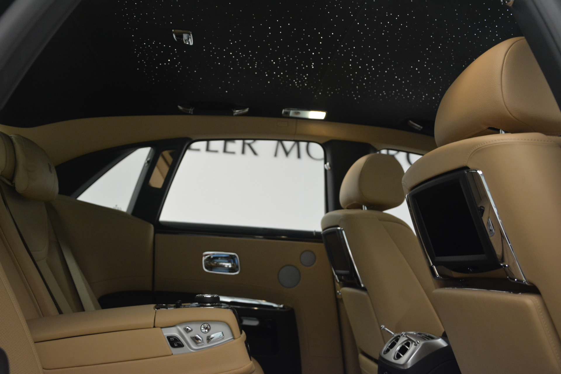 Used 2016 Rolls-Royce Ghost  For Sale In Greenwich, CT. Alfa Romeo of Greenwich, R399 898_p40