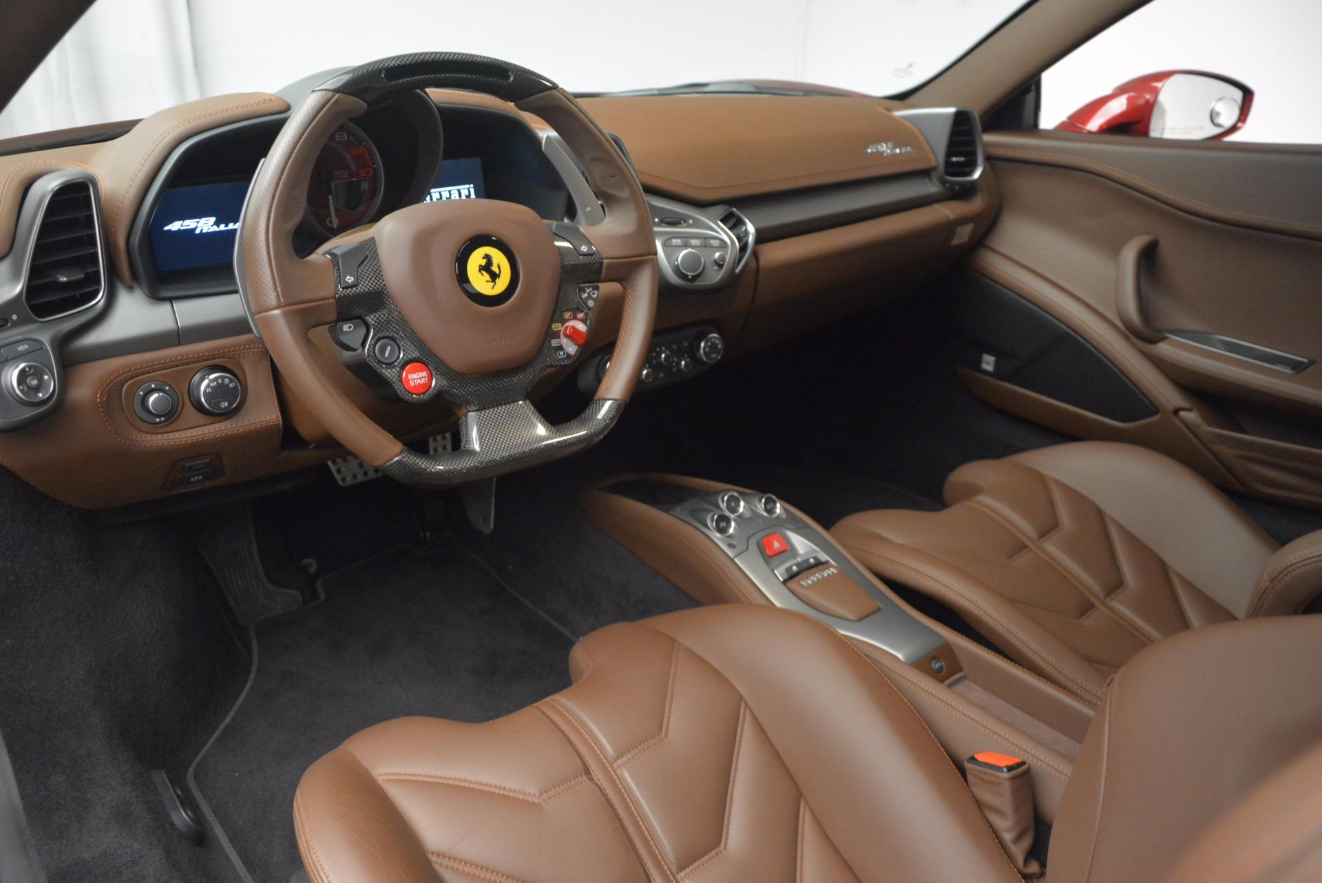 Used 2011 Ferrari 458 Italia  For Sale In Greenwich, CT. Alfa Romeo of Greenwich, 4374 899_p13