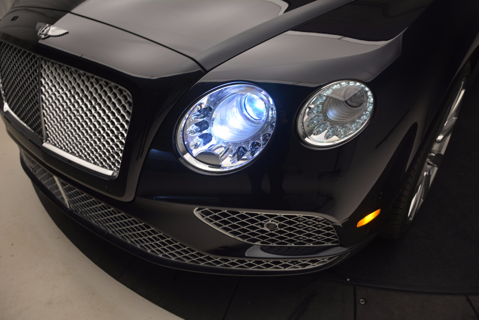 New 2017 Bentley Continental GT W12 For Sale In Greenwich, CT. Alfa Romeo of Greenwich, B1237 904_p17