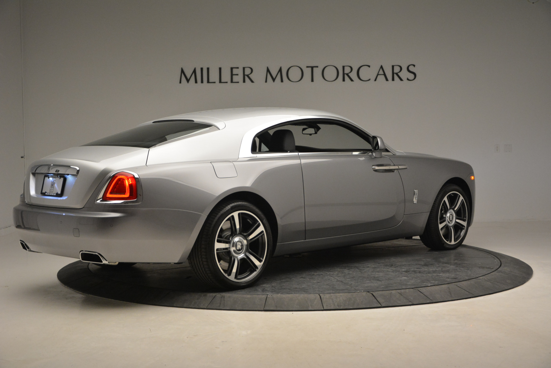Used 2015 Rolls-Royce Wraith  For Sale In Greenwich, CT. Alfa Romeo of Greenwich, B1217A 906_p10