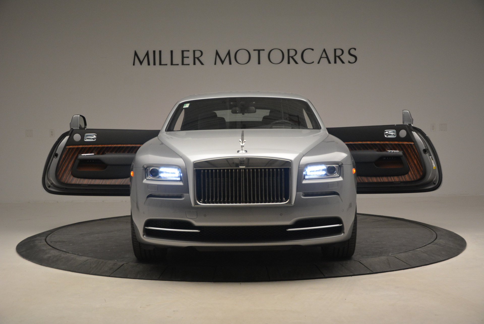 Used 2015 Rolls-Royce Wraith  For Sale In Greenwich, CT. Alfa Romeo of Greenwich, B1217A 906_p15