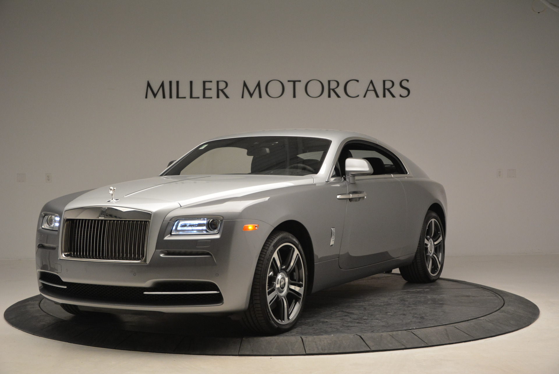 Used 2015 Rolls-Royce Wraith  For Sale In Greenwich, CT. Alfa Romeo of Greenwich, B1217A 906_p3
