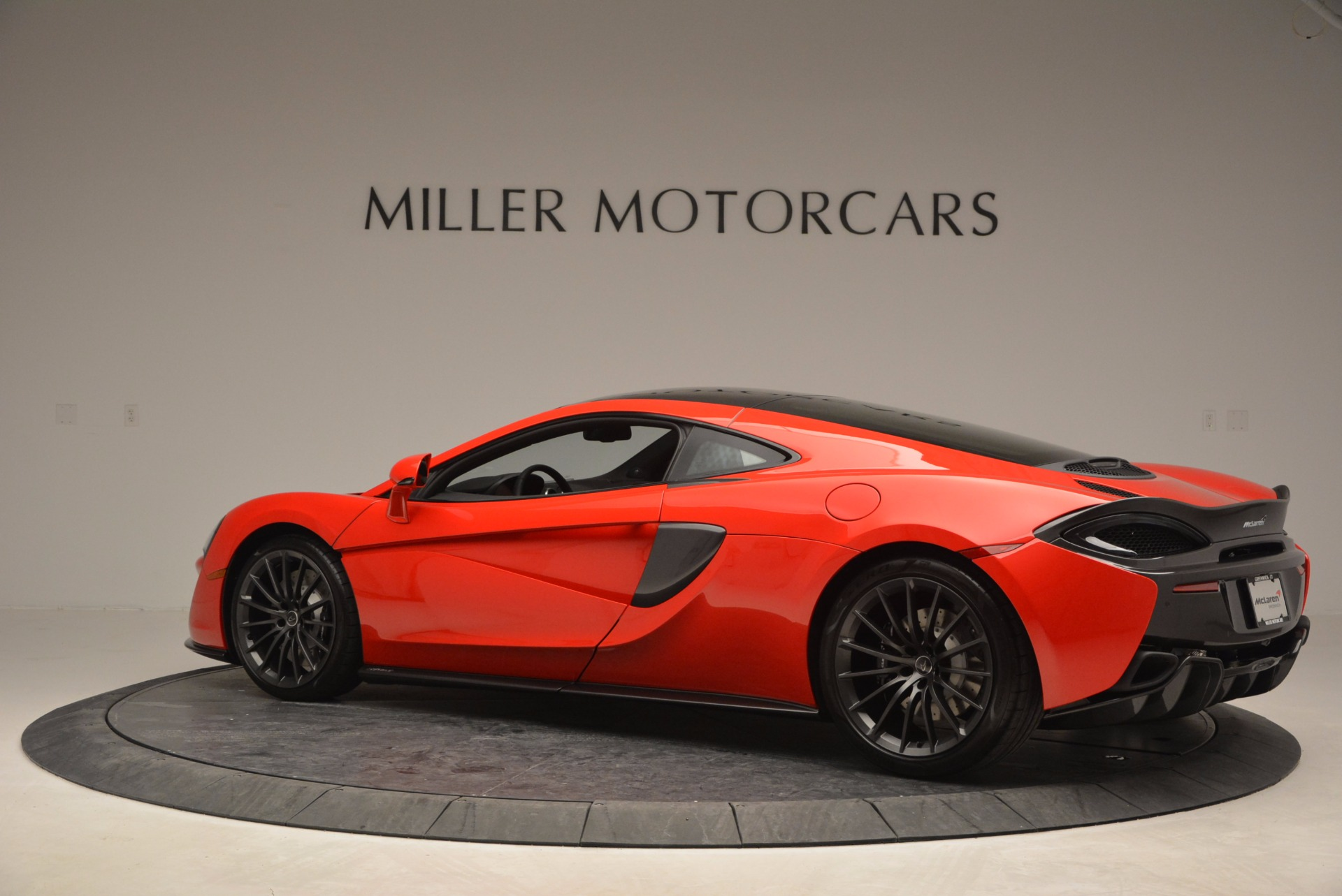 Used 2017 McLaren 570GT Coupe For Sale In Greenwich, CT. Alfa Romeo of Greenwich, 3170A 907_p4