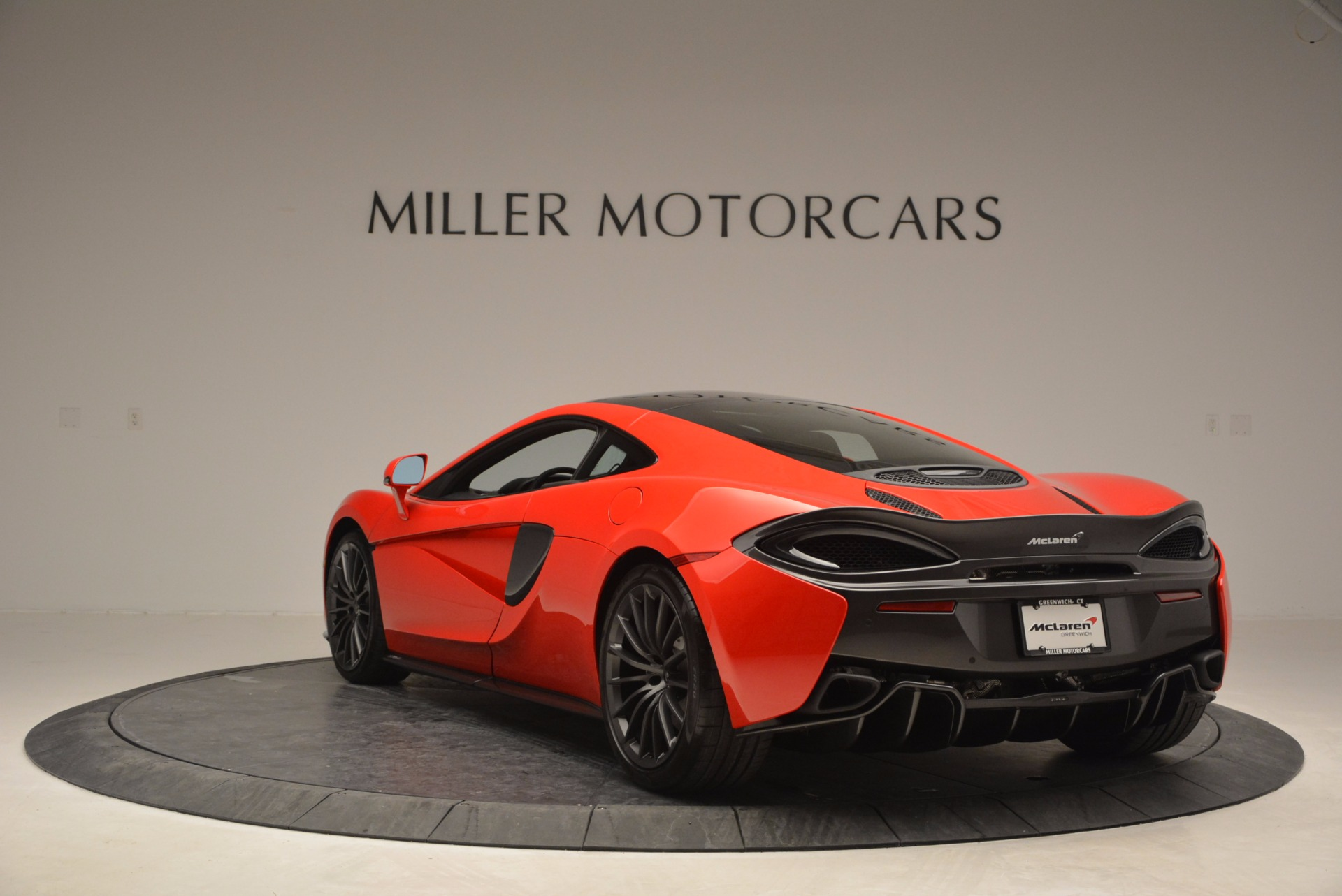 Used 2017 McLaren 570GT Coupe For Sale In Greenwich, CT. Alfa Romeo of Greenwich, 3170A 907_p5