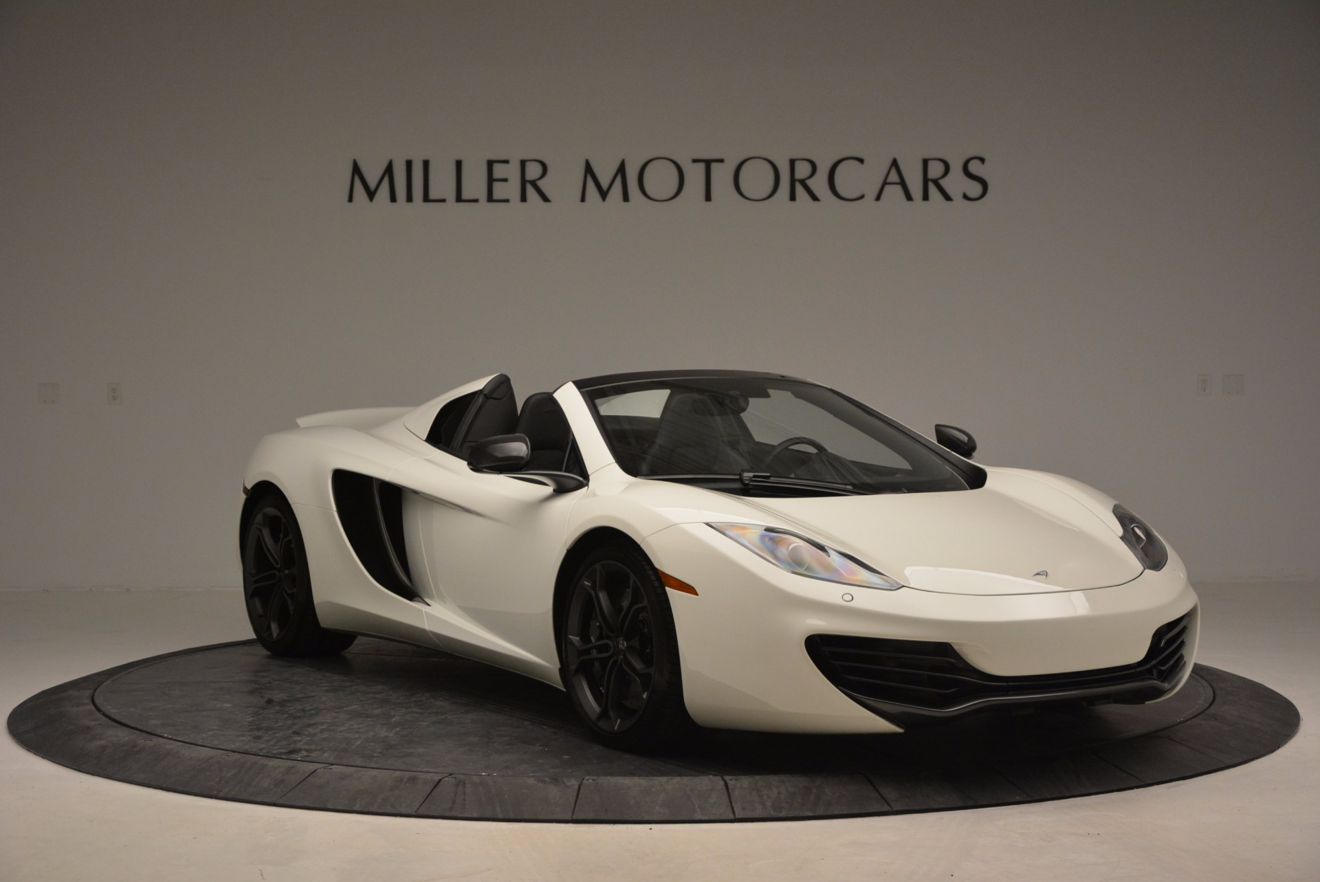 Used 2014 McLaren MP4-12C Spider For Sale In Greenwich, CT. Alfa Romeo of Greenwich, 3136 908_p11