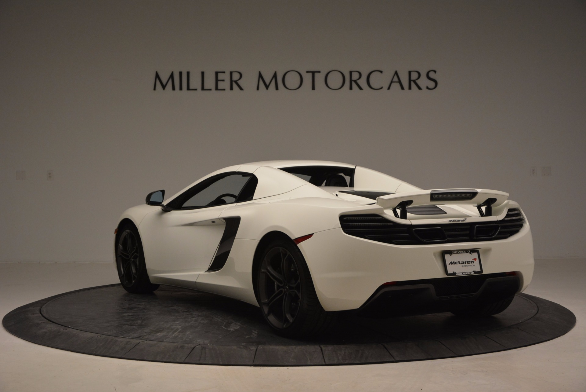 Used 2014 McLaren MP4-12C Spider For Sale In Greenwich, CT. Alfa Romeo of Greenwich, 3136 908_p16