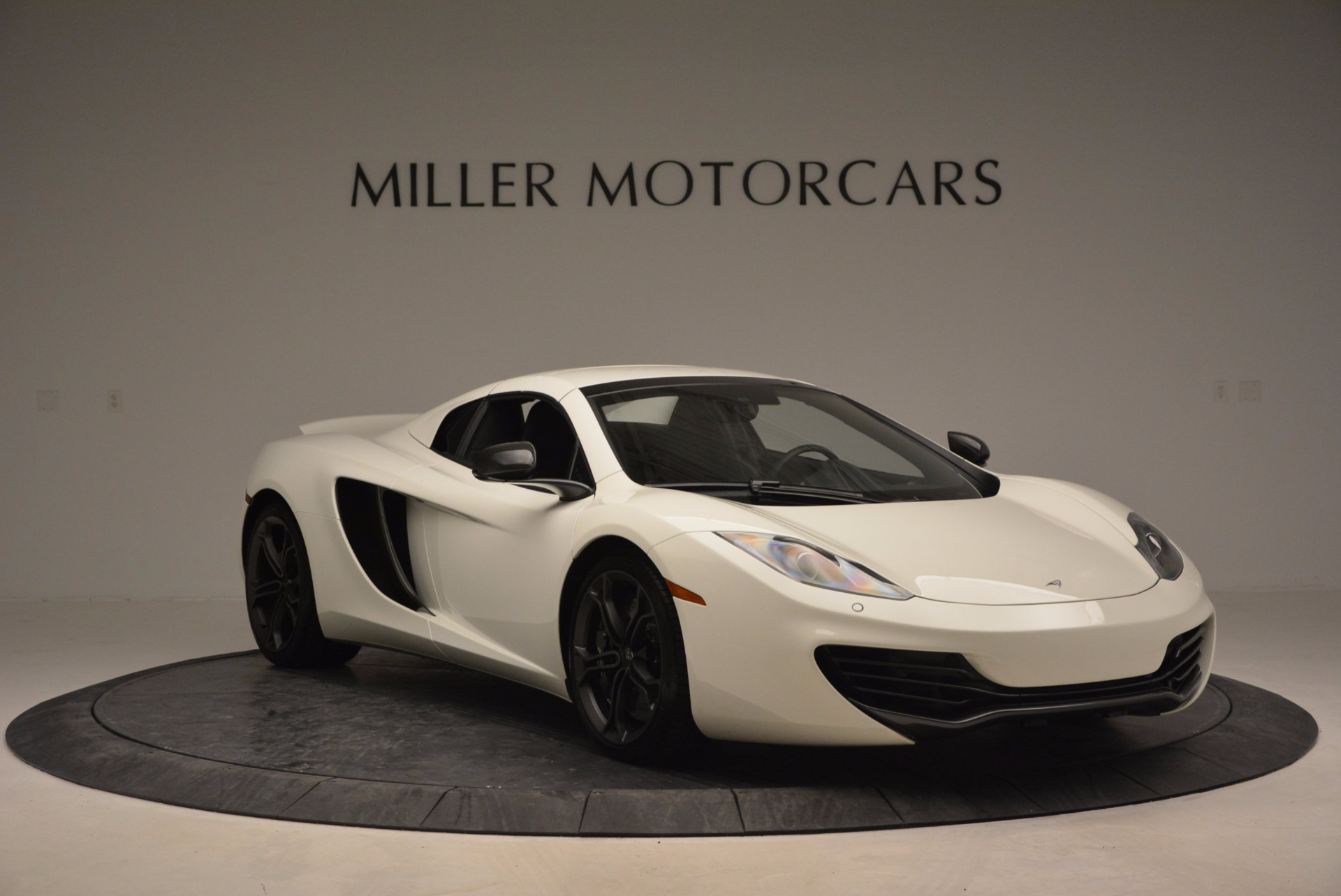 Used 2014 McLaren MP4-12C Spider For Sale In Greenwich, CT. Alfa Romeo of Greenwich, 3136 908_p20