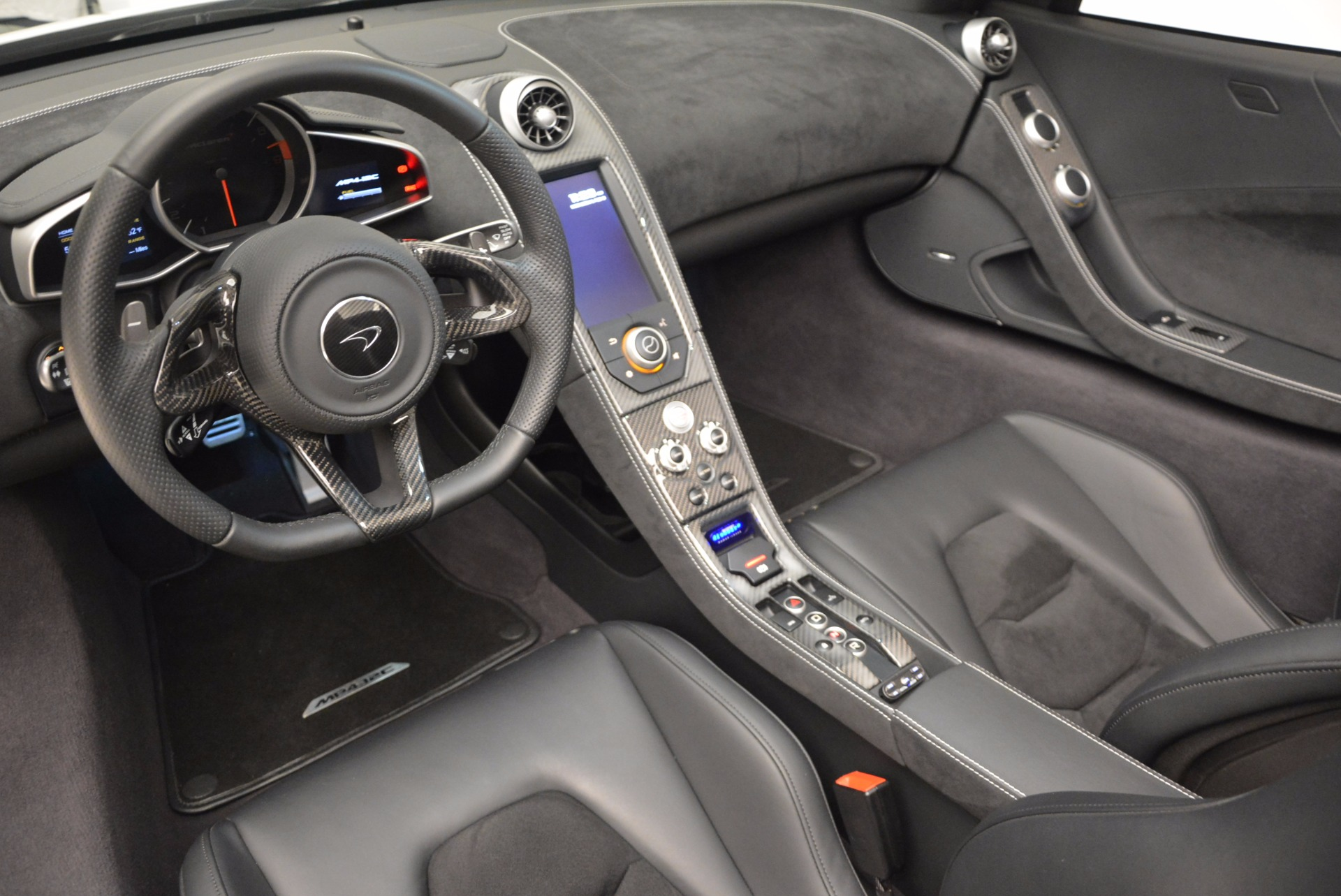 Used 2014 McLaren MP4-12C Spider For Sale In Greenwich, CT. Alfa Romeo of Greenwich, 3136 908_p26