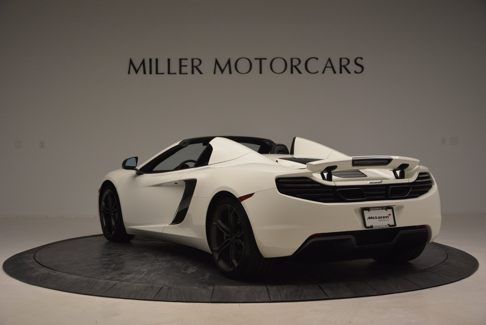 Used 2014 McLaren MP4-12C Spider For Sale In Greenwich, CT. Alfa Romeo of Greenwich, 3136 908_p5