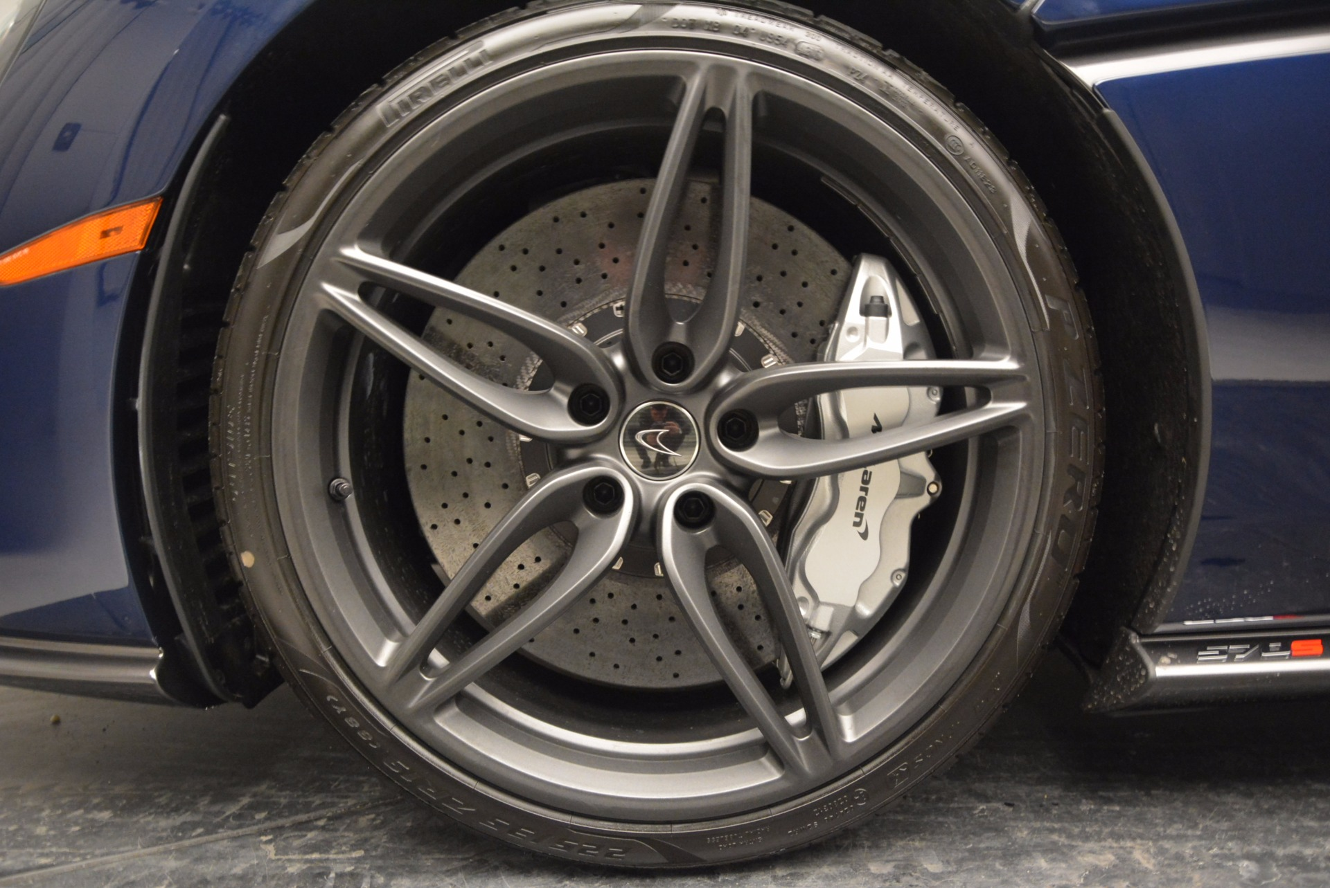 Used 2017 McLaren 570S  For Sale In Greenwich, CT. Alfa Romeo of Greenwich, MC289 909_p15