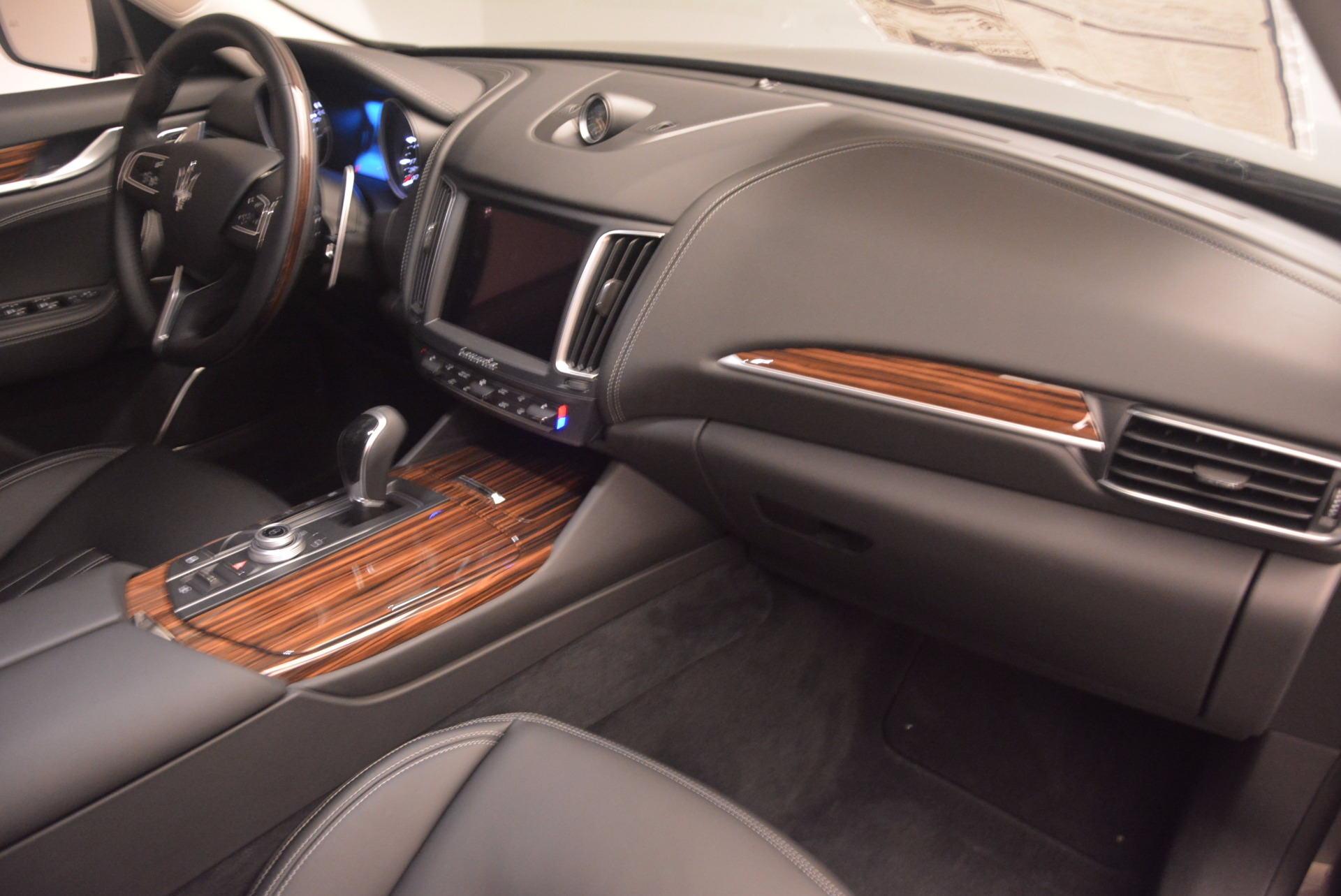 New 2017 Maserati Levante S For Sale In Greenwich, CT. Alfa Romeo of Greenwich, M1777 913_p22