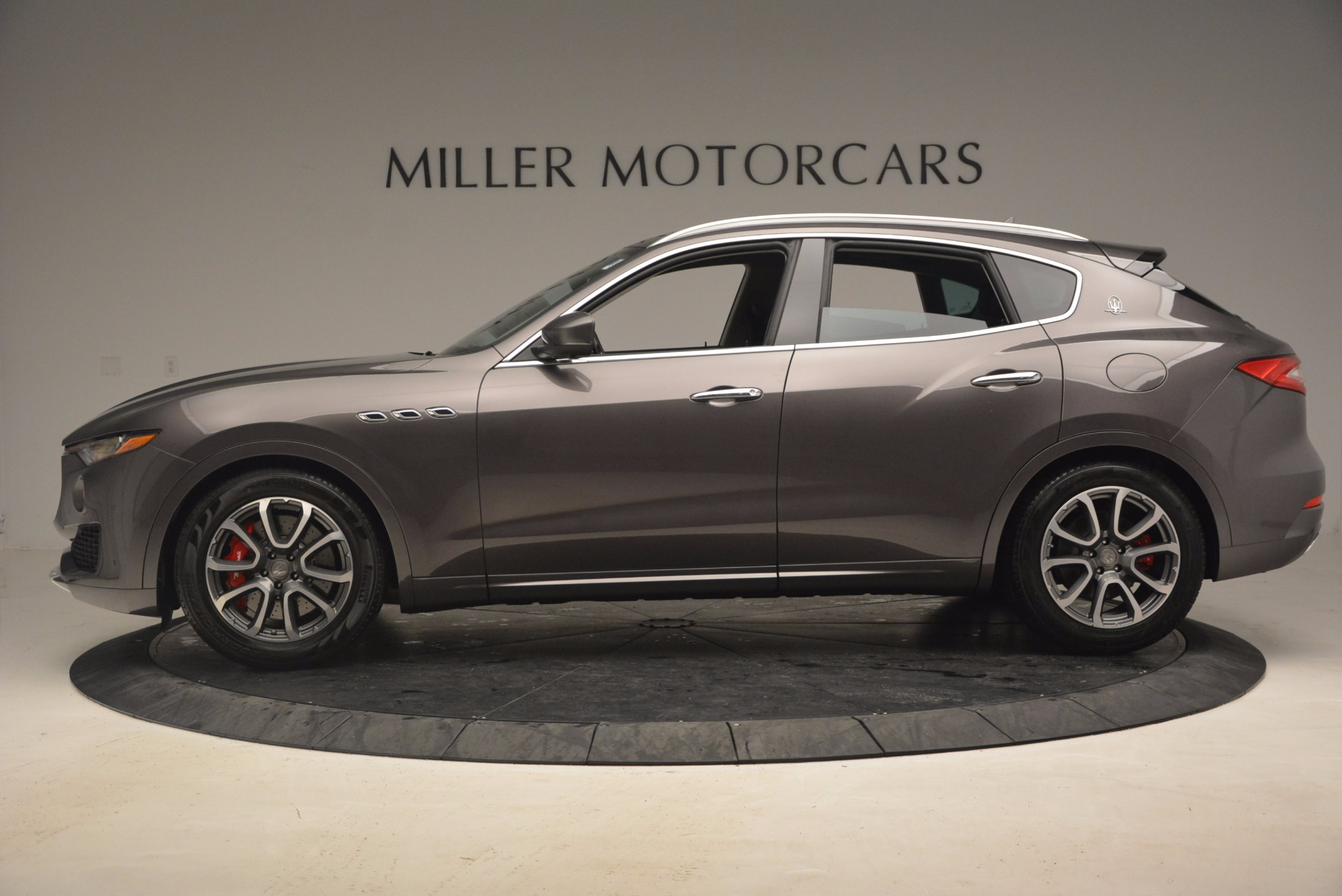 New 2017 Maserati Levante S For Sale In Greenwich, CT. Alfa Romeo of Greenwich, M1777 913_p3