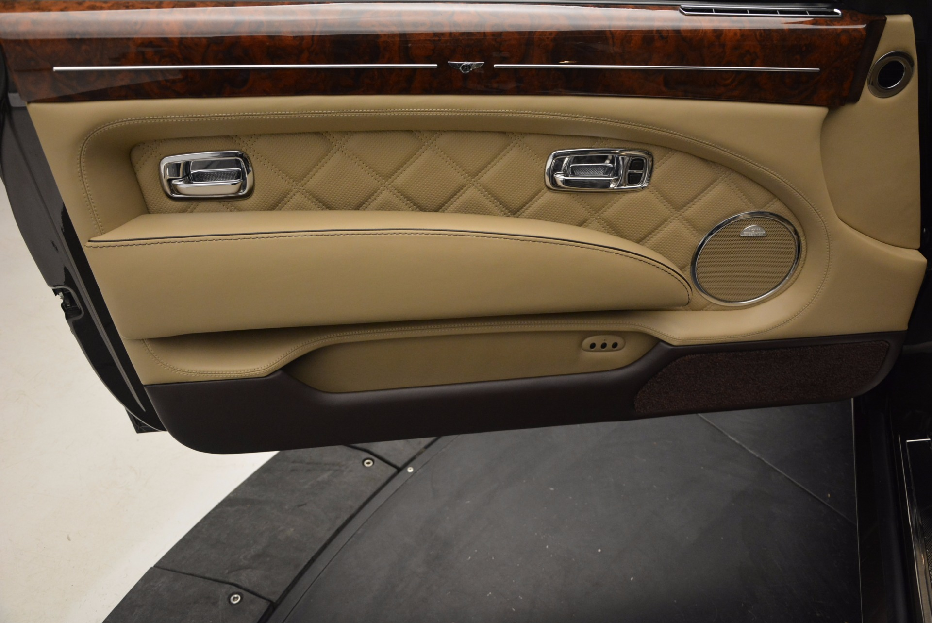 Used 2009 Bentley Brooklands  For Sale In Greenwich, CT. Alfa Romeo of Greenwich, 7145 925_p18