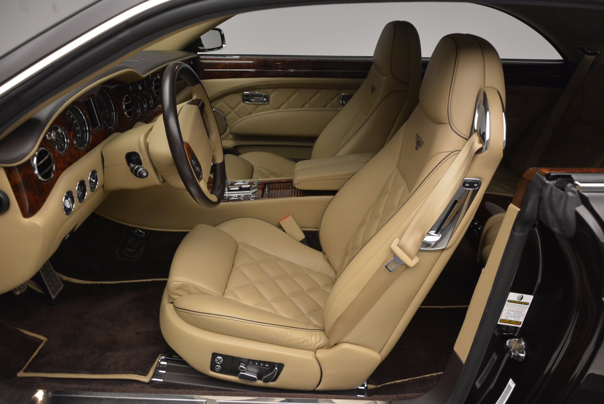 Used 2009 Bentley Brooklands  For Sale In Greenwich, CT. Alfa Romeo of Greenwich, 7145 925_p22