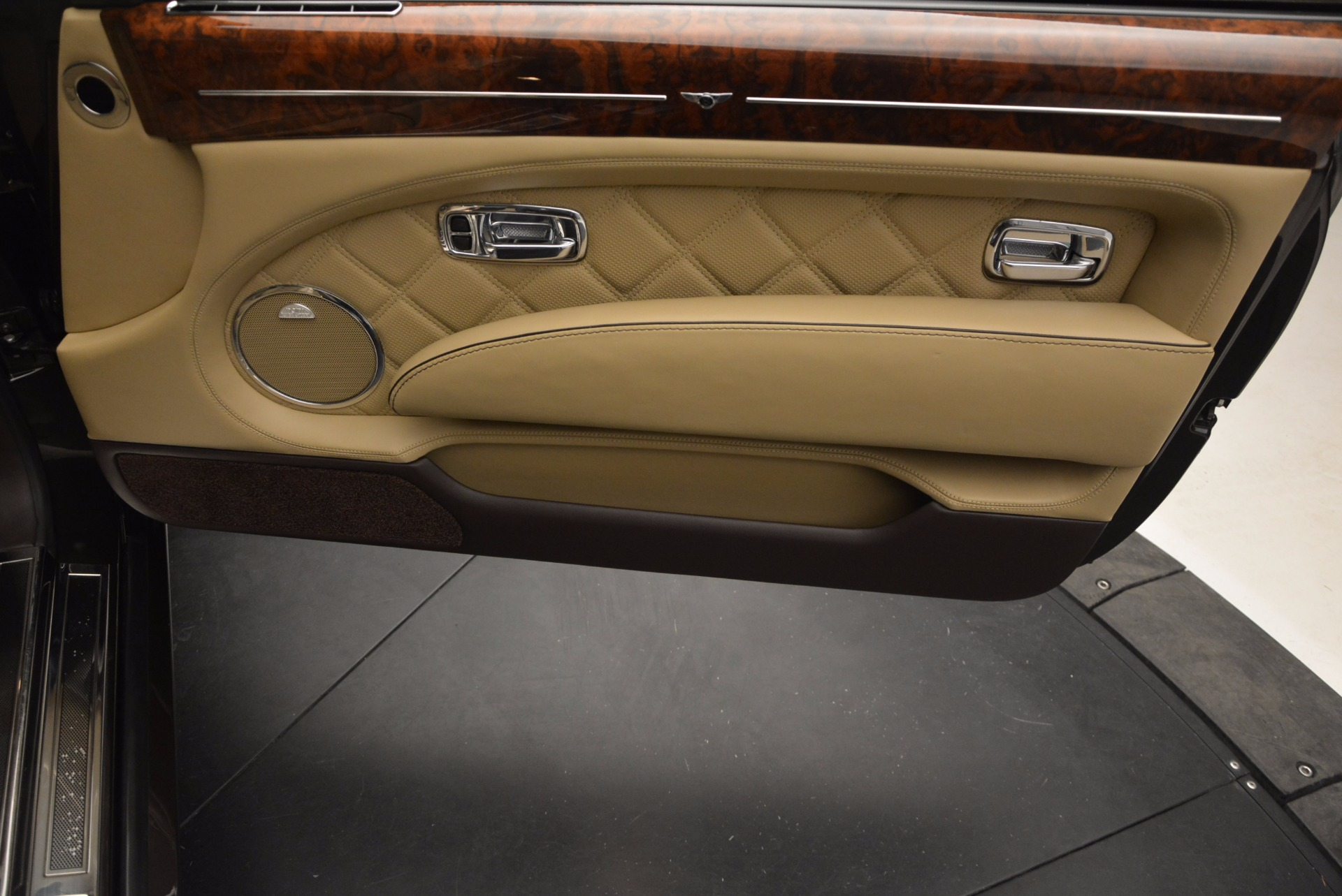 Used 2009 Bentley Brooklands  For Sale In Greenwich, CT. Alfa Romeo of Greenwich, 7145 925_p30