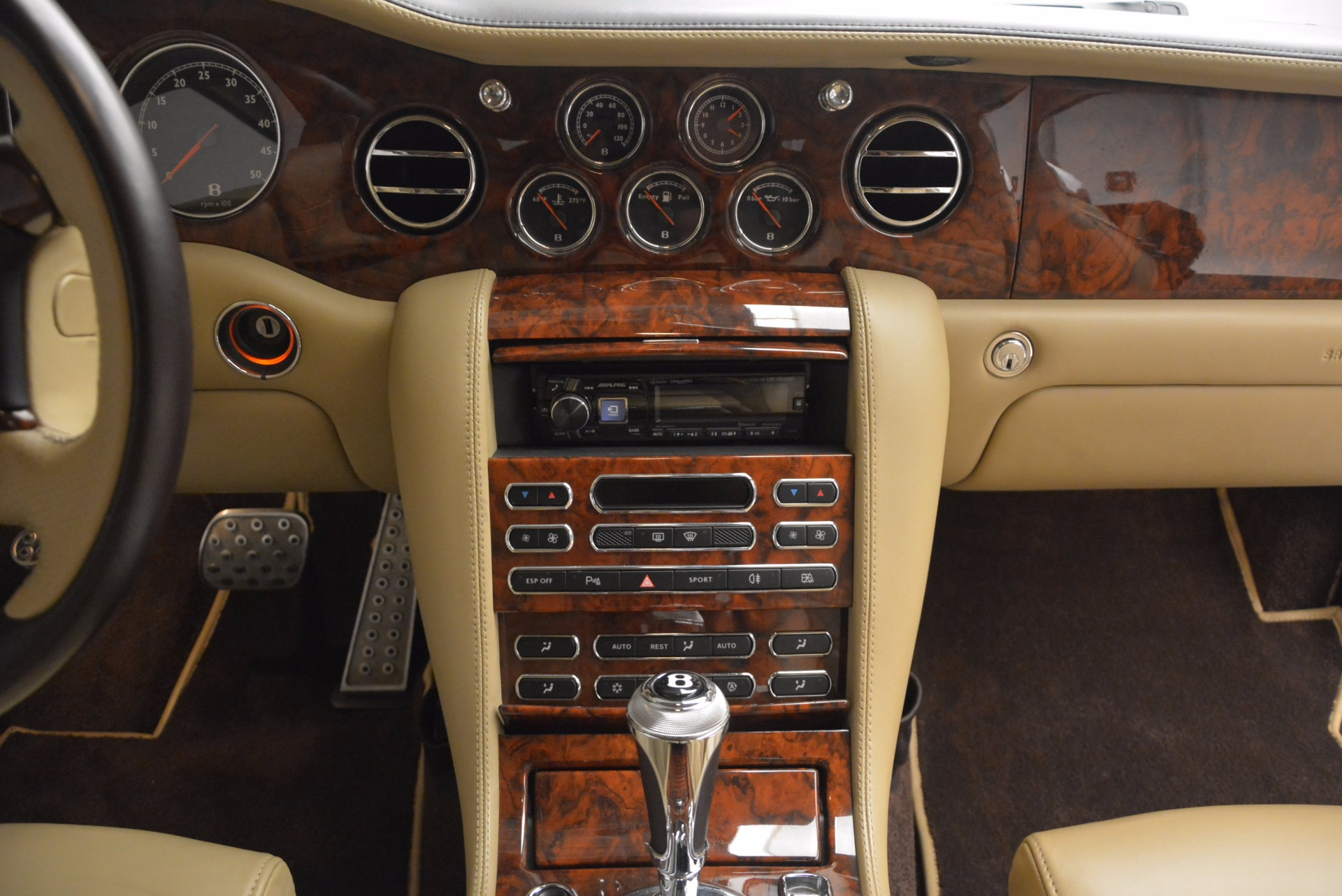 Used 2009 Bentley Brooklands  For Sale In Greenwich, CT. Alfa Romeo of Greenwich, 7145 925_p40