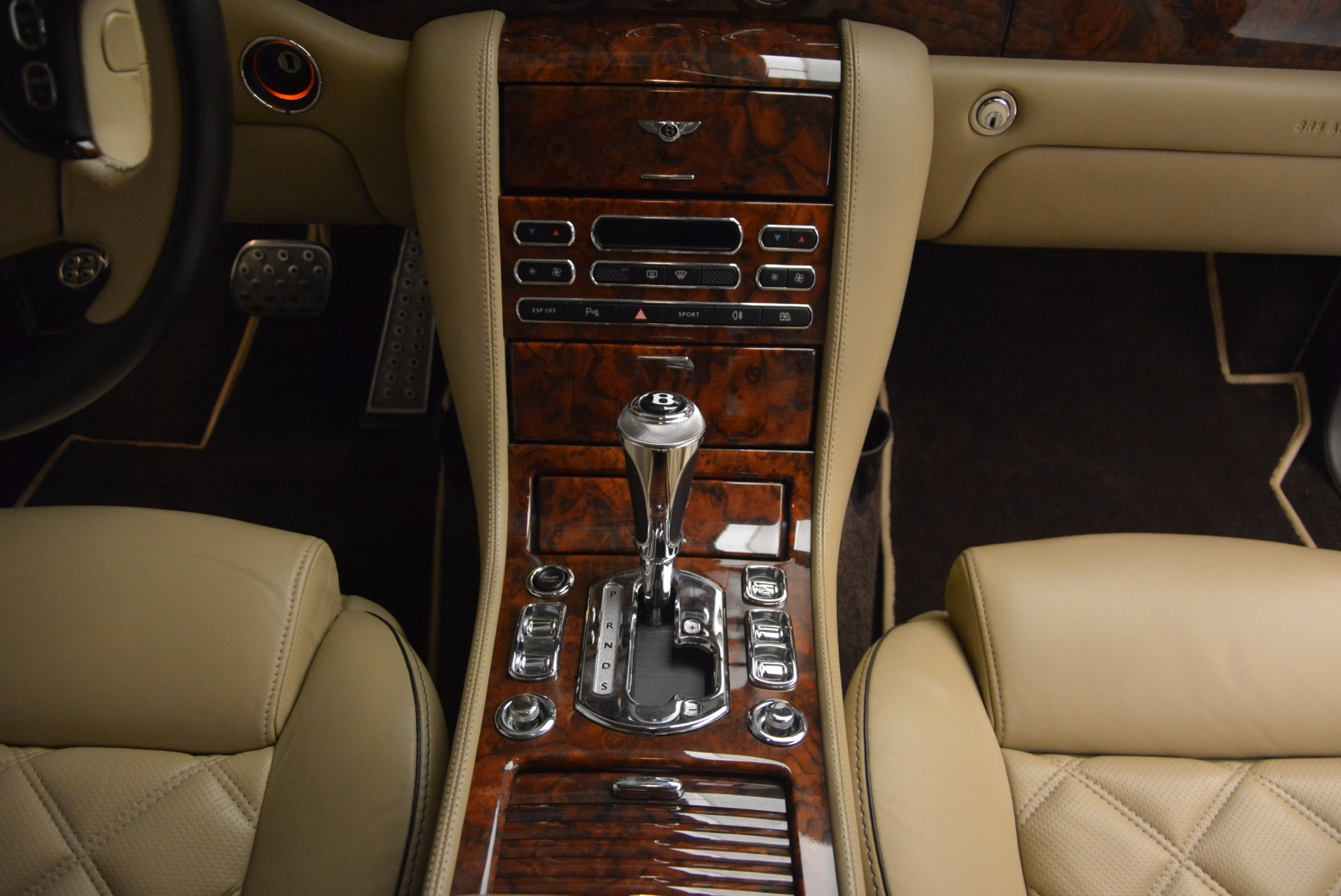 Used 2009 Bentley Brooklands  For Sale In Greenwich, CT. Alfa Romeo of Greenwich, 7145 925_p41