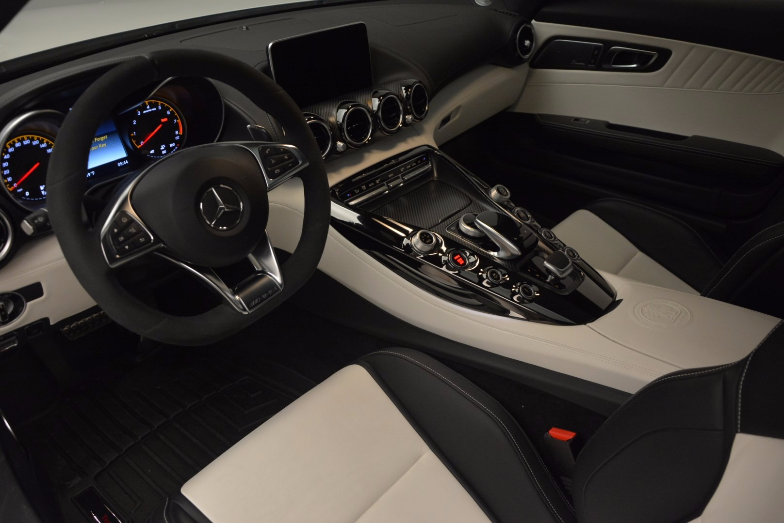 Used 2016 Mercedes Benz AMG GT S For Sale In Greenwich, CT. Alfa Romeo of Greenwich, 4360A 926_p15