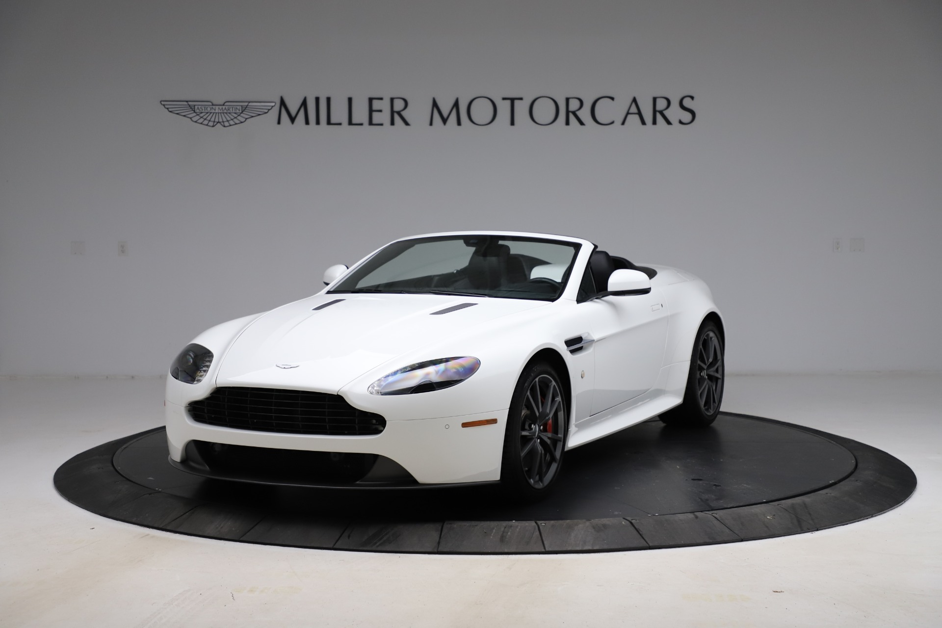 New 2015 Aston Martin Vantage GT GT Roadster For Sale In Greenwich, CT. Alfa Romeo of Greenwich, A1133 93_p12