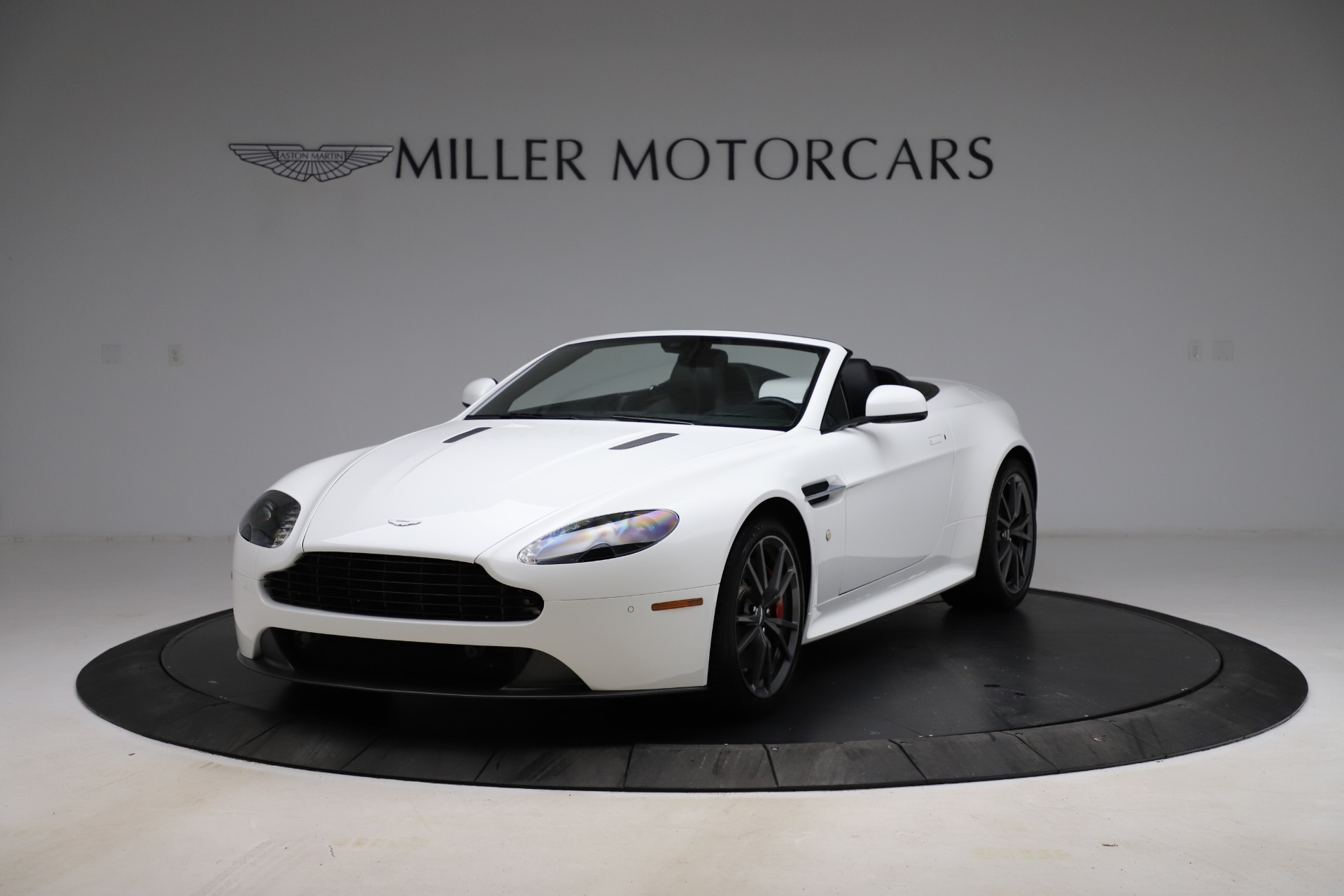 New 2015 Aston Martin Vantage GT GT Roadster For Sale In Greenwich, CT. Alfa Romeo of Greenwich, A1133 93_p13