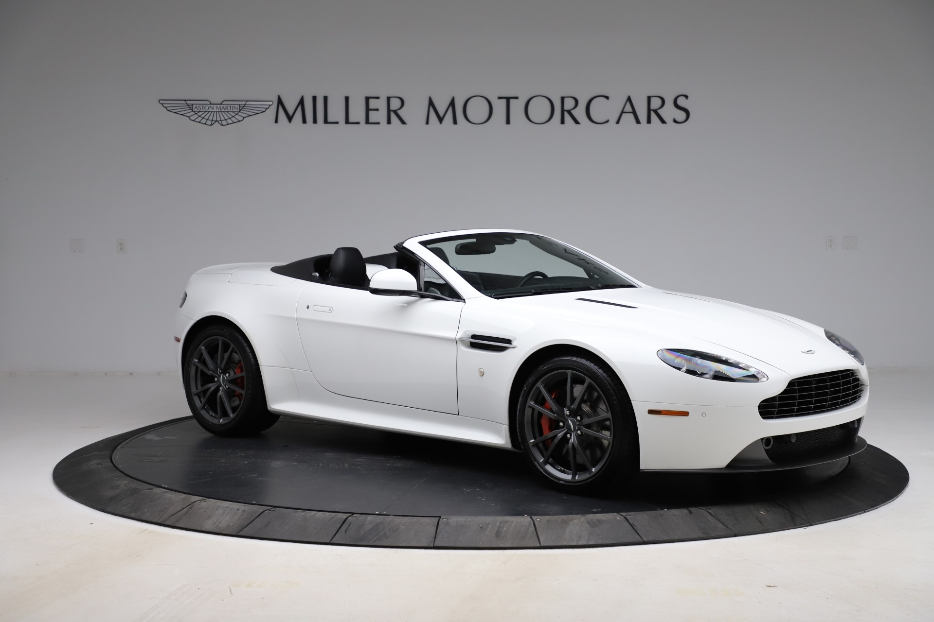 New 2015 Aston Martin Vantage GT GT Roadster For Sale In Greenwich, CT. Alfa Romeo of Greenwich, A1133 93_p9