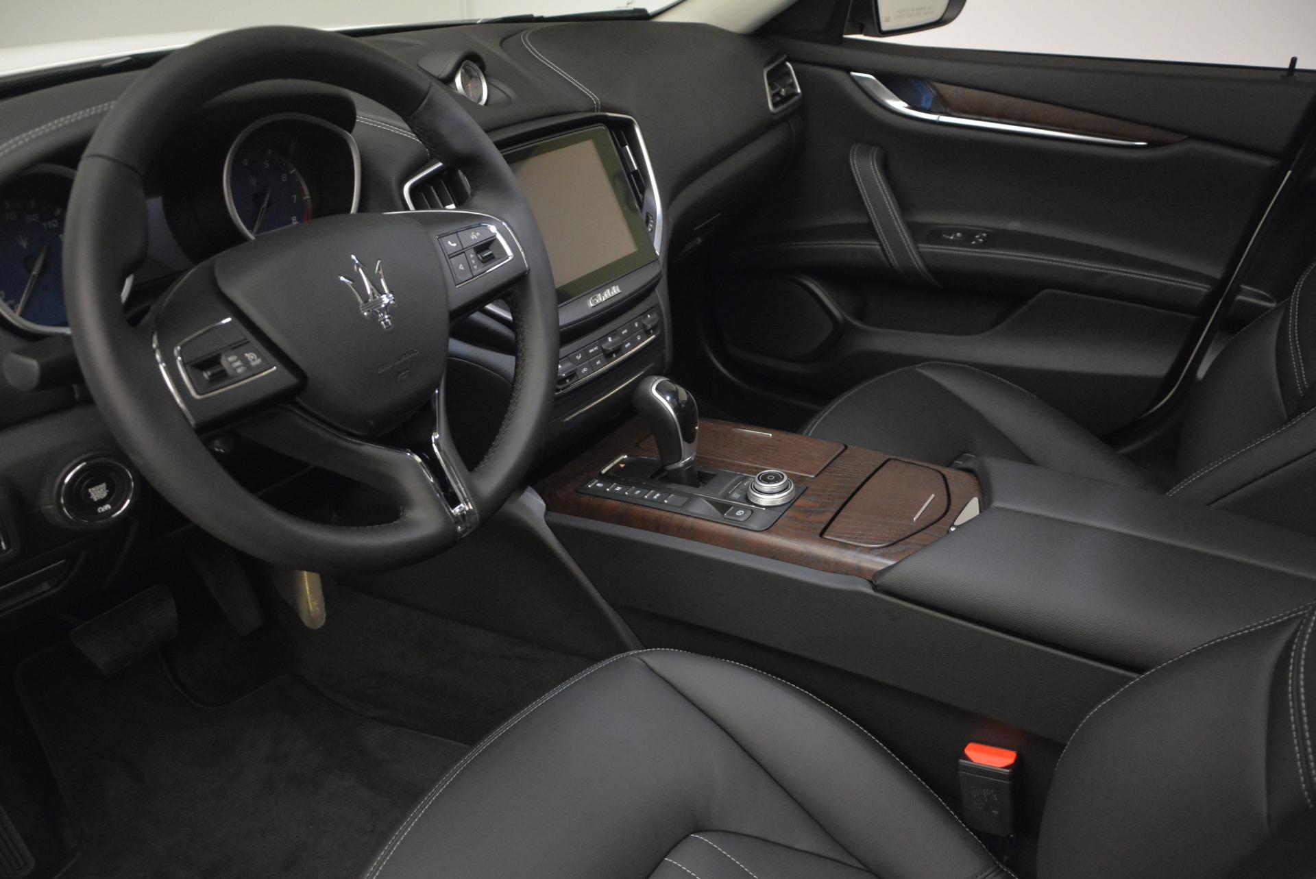 New 2017 Maserati Ghibli S Q4 For Sale In Greenwich, CT. Alfa Romeo of Greenwich, M1792 933_p13