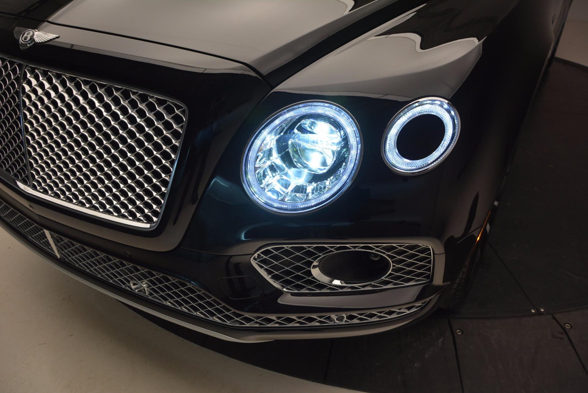 New 2017 Bentley Bentayga  For Sale In Greenwich, CT. Alfa Romeo of Greenwich, B1189 941_p17