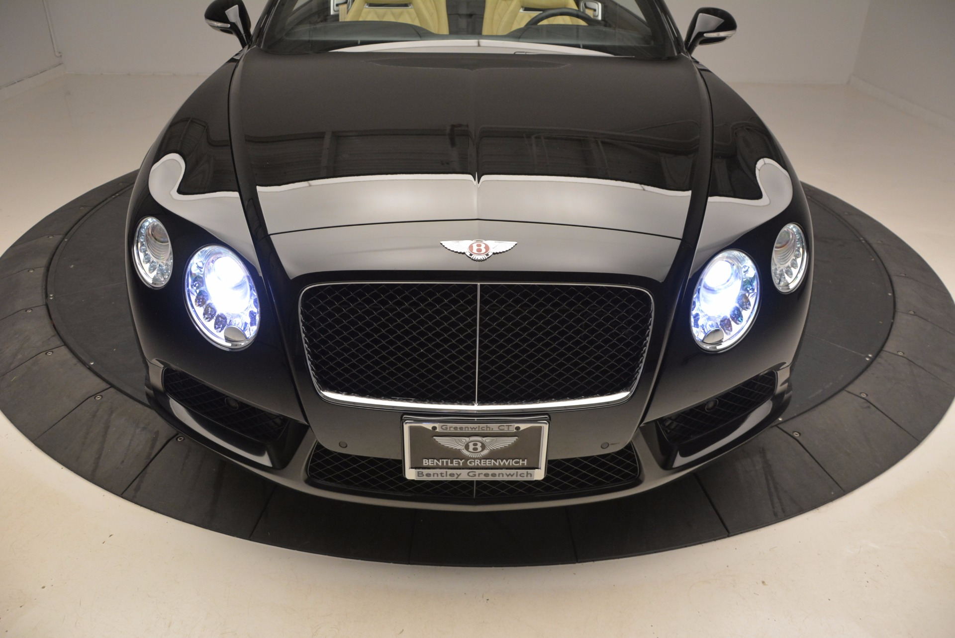 Used 2013 Bentley Continental GT V8 For Sale In Greenwich, CT. Alfa Romeo of Greenwich, 7144 945_p30