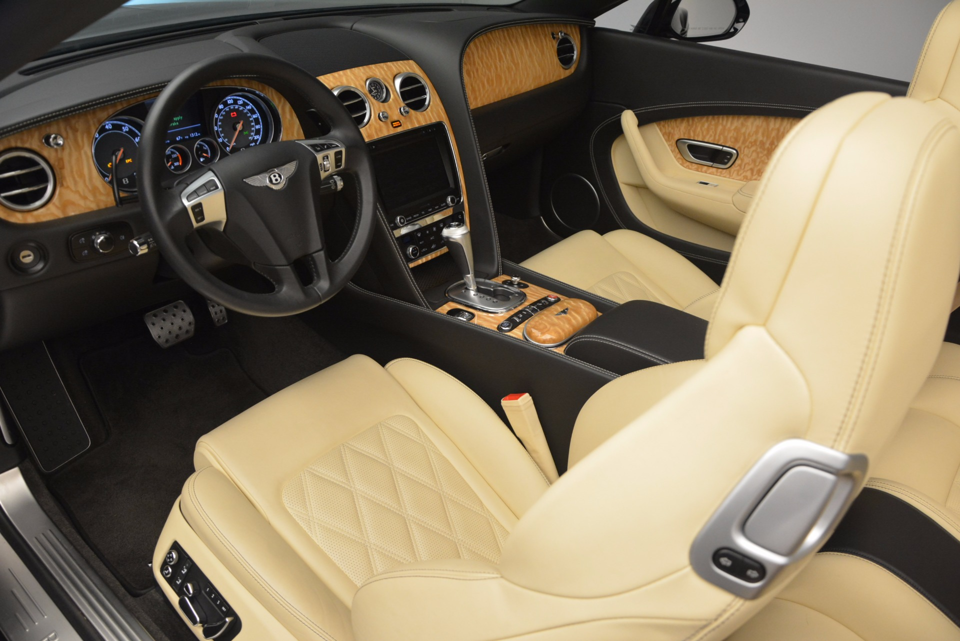 Used 2013 Bentley Continental GT V8 For Sale In Greenwich, CT. Alfa Romeo of Greenwich, 7144 945_p37
