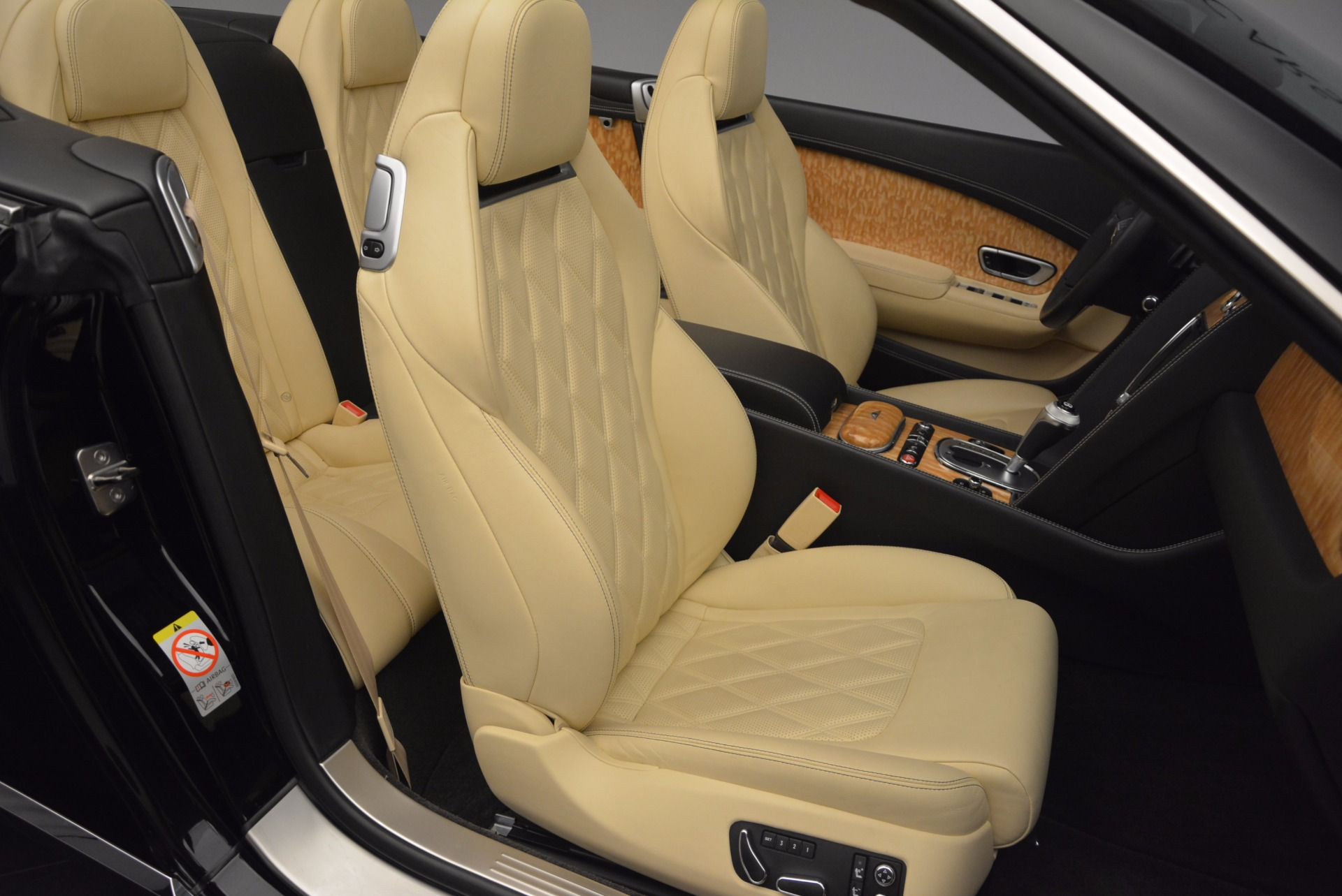 Used 2013 Bentley Continental GT V8 For Sale In Greenwich, CT. Alfa Romeo of Greenwich, 7144 945_p45