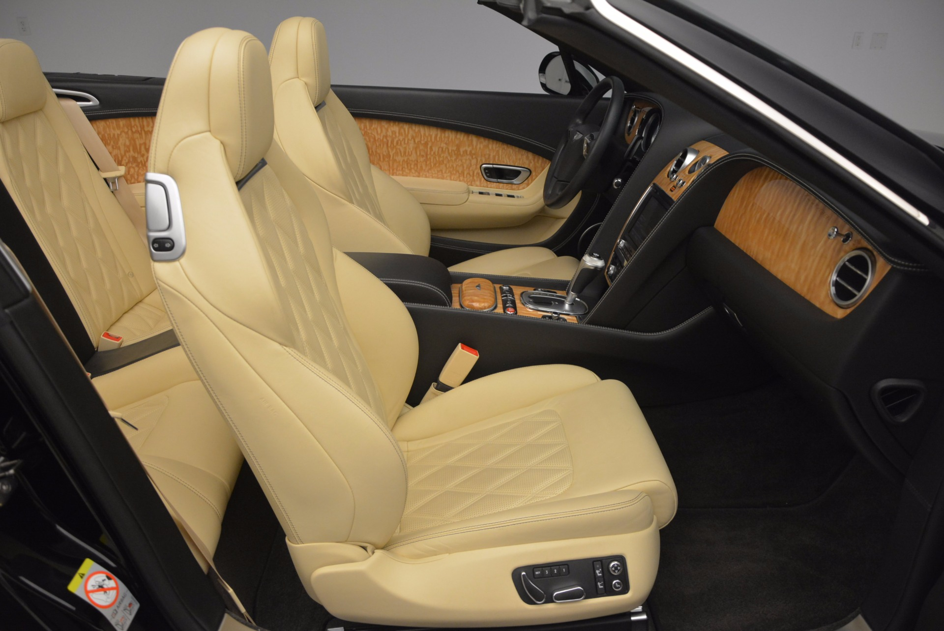 Used 2013 Bentley Continental GT V8 For Sale In Greenwich, CT. Alfa Romeo of Greenwich, 7144 945_p46