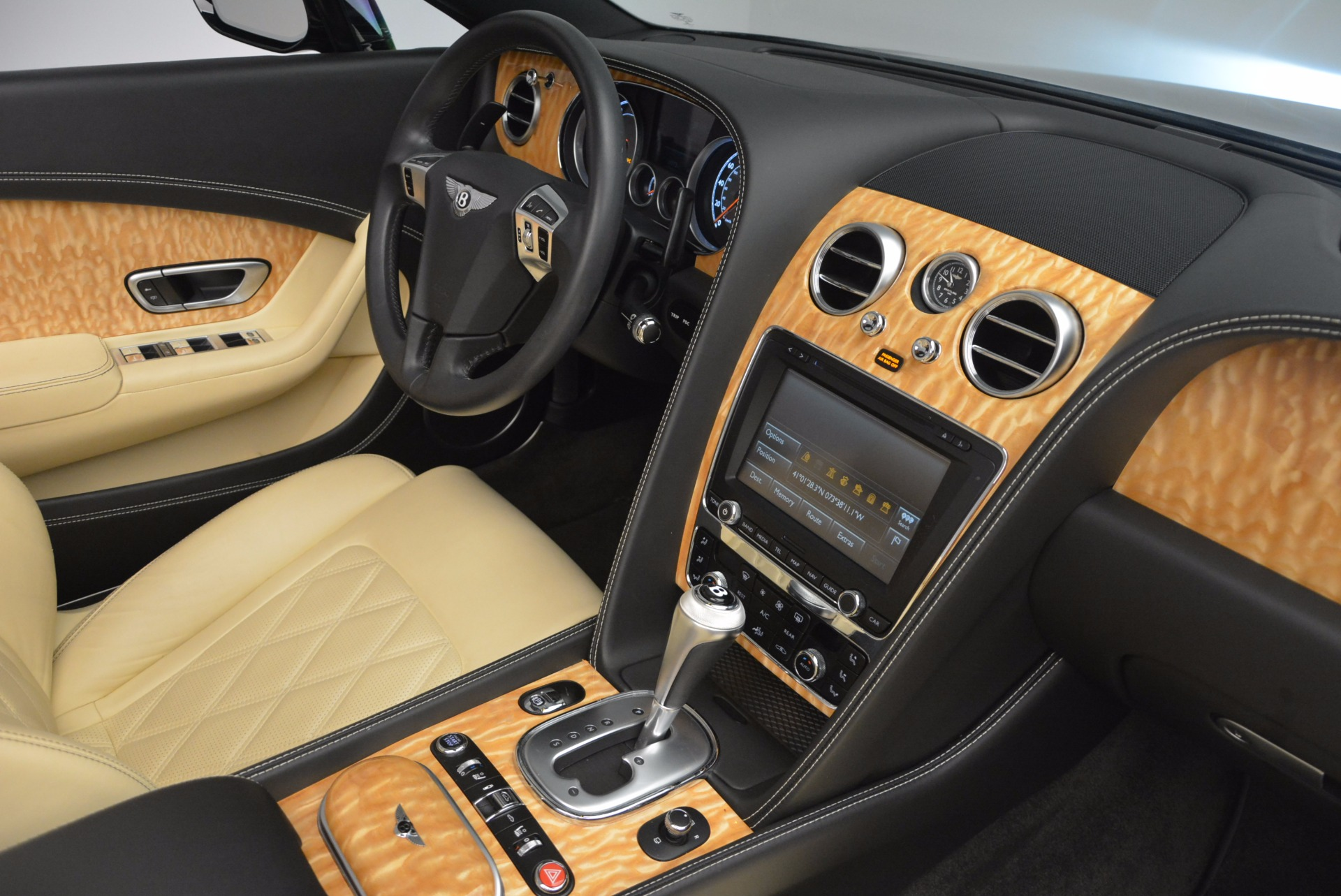 Used 2013 Bentley Continental GT V8 For Sale In Greenwich, CT. Alfa Romeo of Greenwich, 7144 945_p48