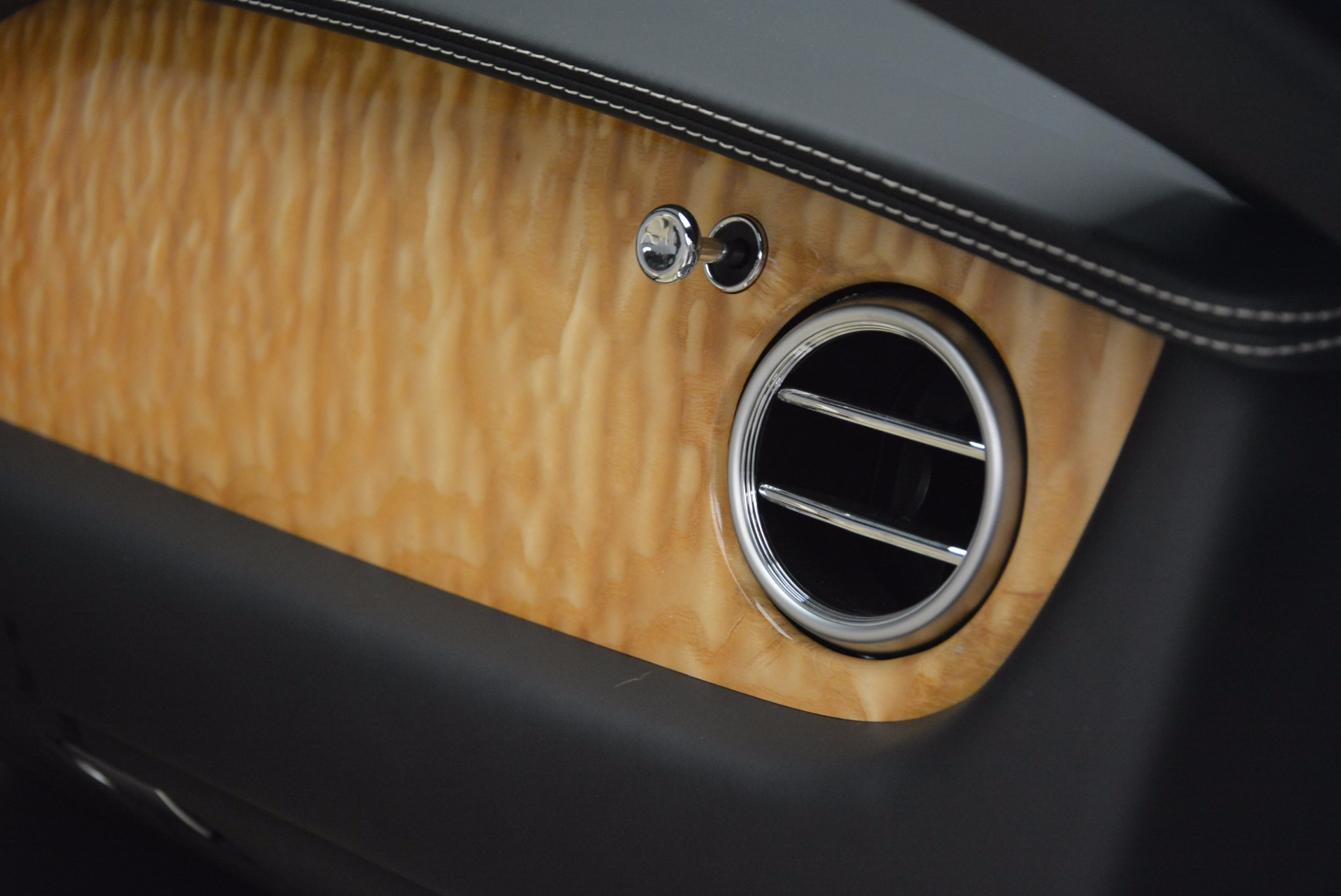 Used 2013 Bentley Continental GT V8 For Sale In Greenwich, CT. Alfa Romeo of Greenwich, 7144 945_p55