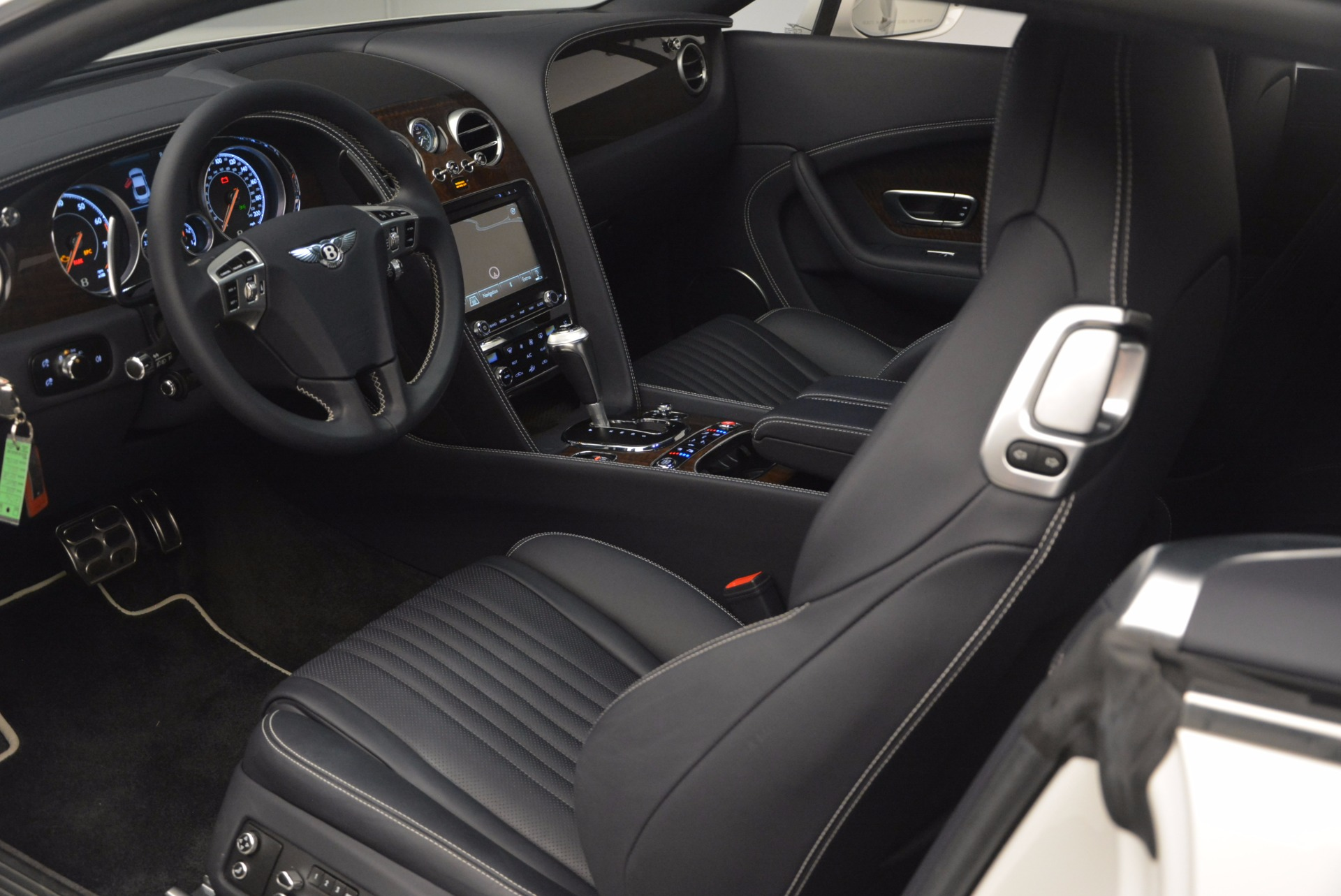 Used 2016 Bentley Continental GT V8 For Sale In Greenwich, CT. Alfa Romeo of Greenwich, 7156 946_p21