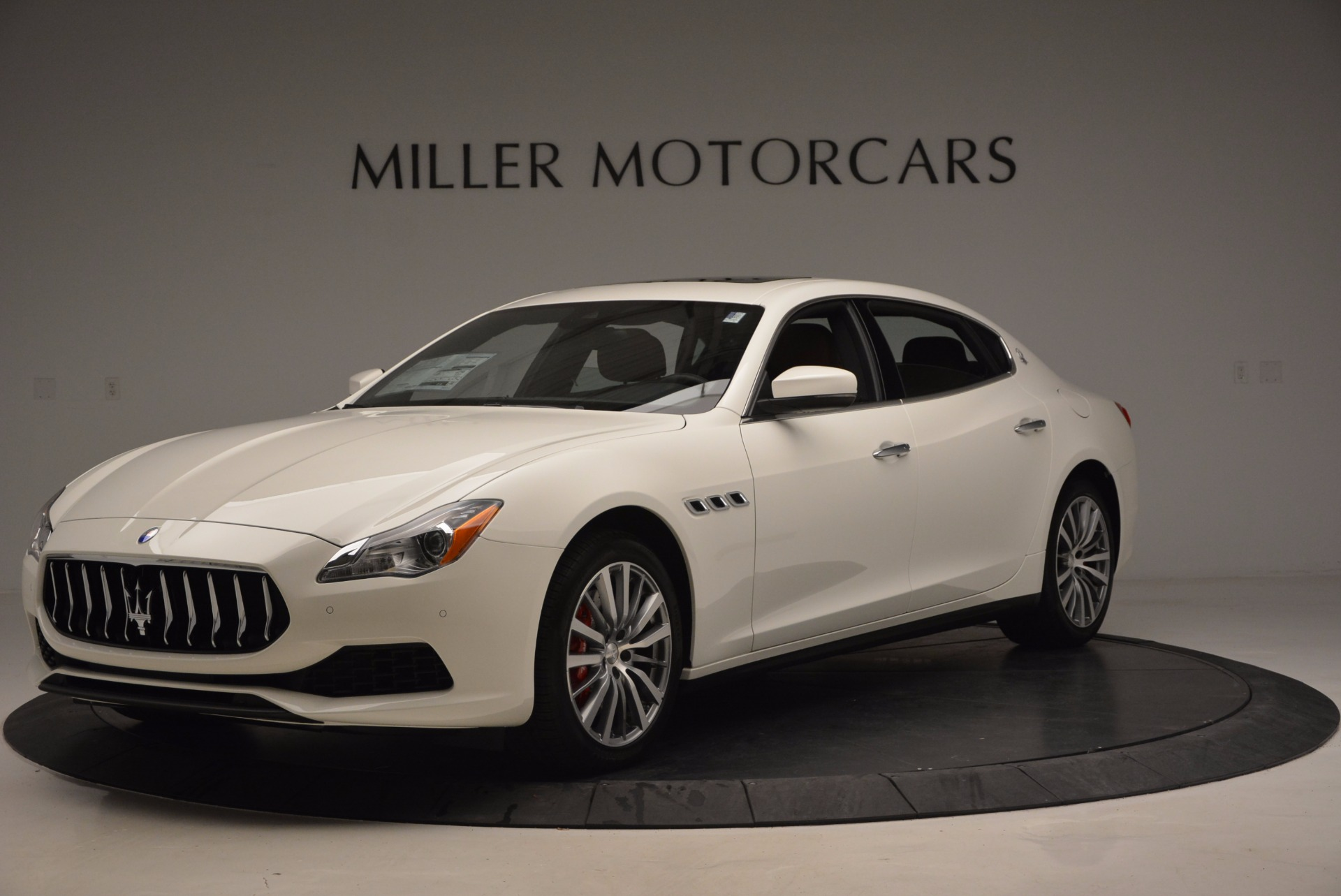 New 2017 Maserati Quattroporte SQ4 For Sale In Greenwich, CT. Alfa Romeo of Greenwich, M1776 947_main